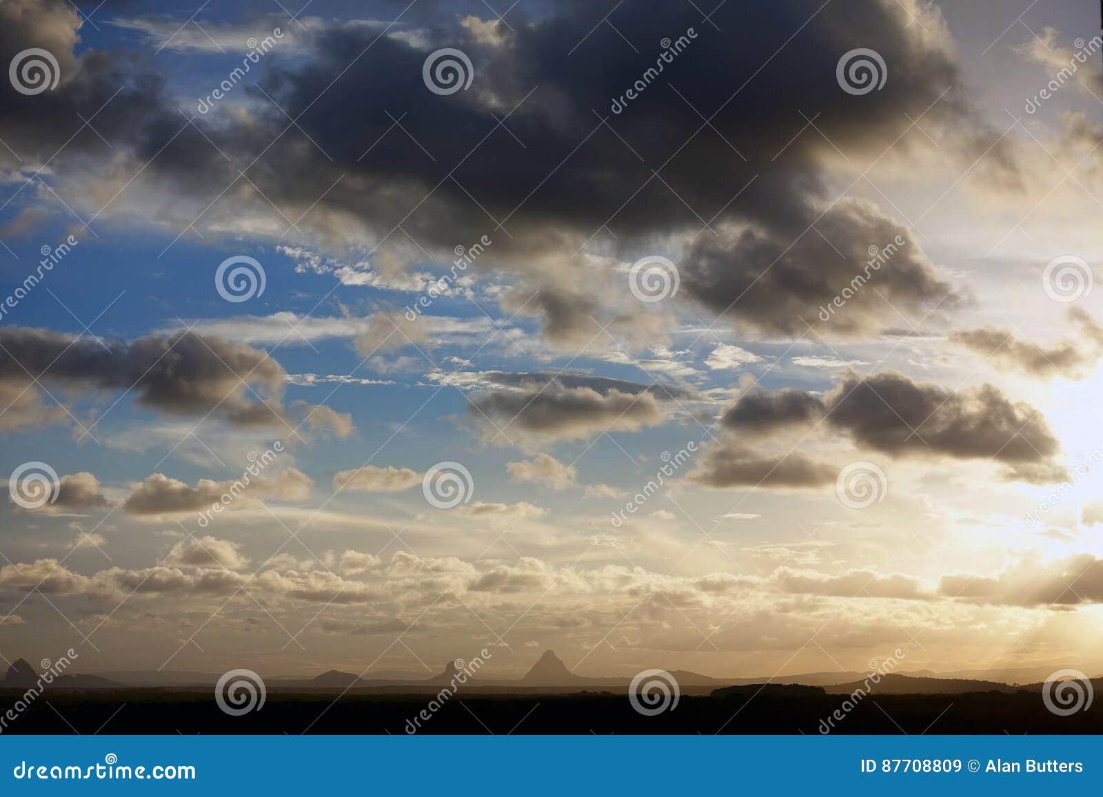 Tempêtes de soirée au-dessus de Caloundra 2
