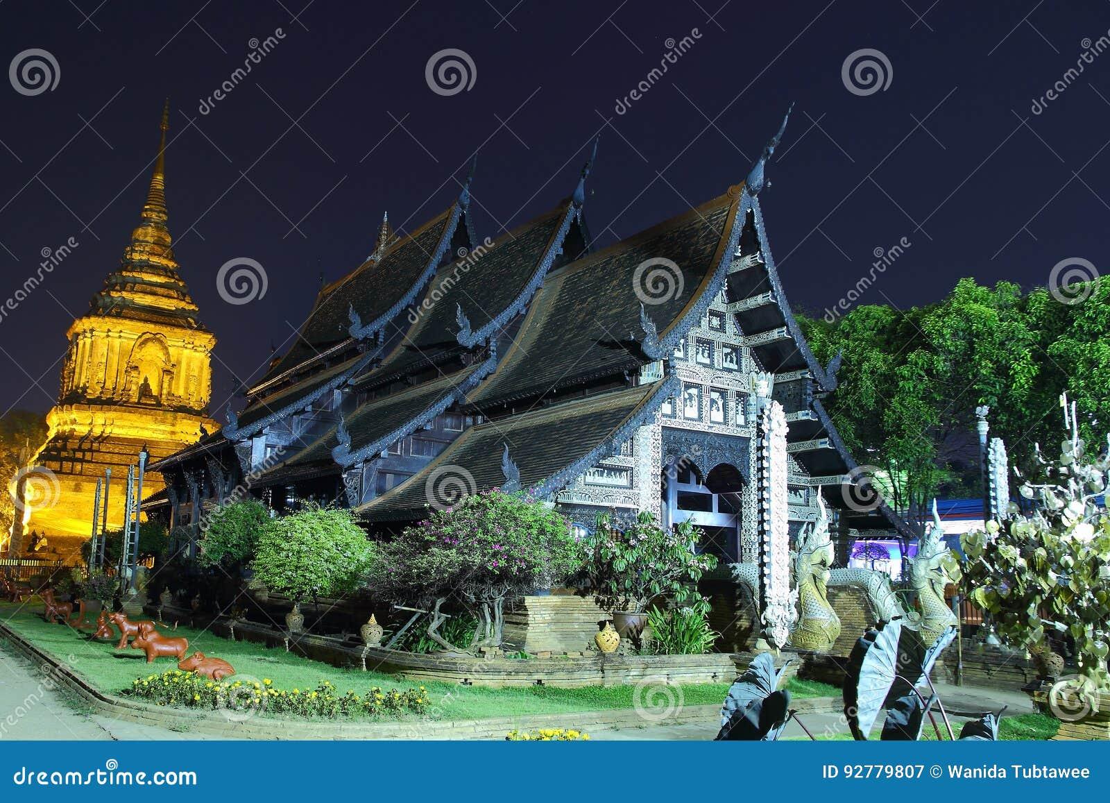 Tempel gammal trätempel av Wat Lok Molee Chiang mai Thailand, tempel Thailand