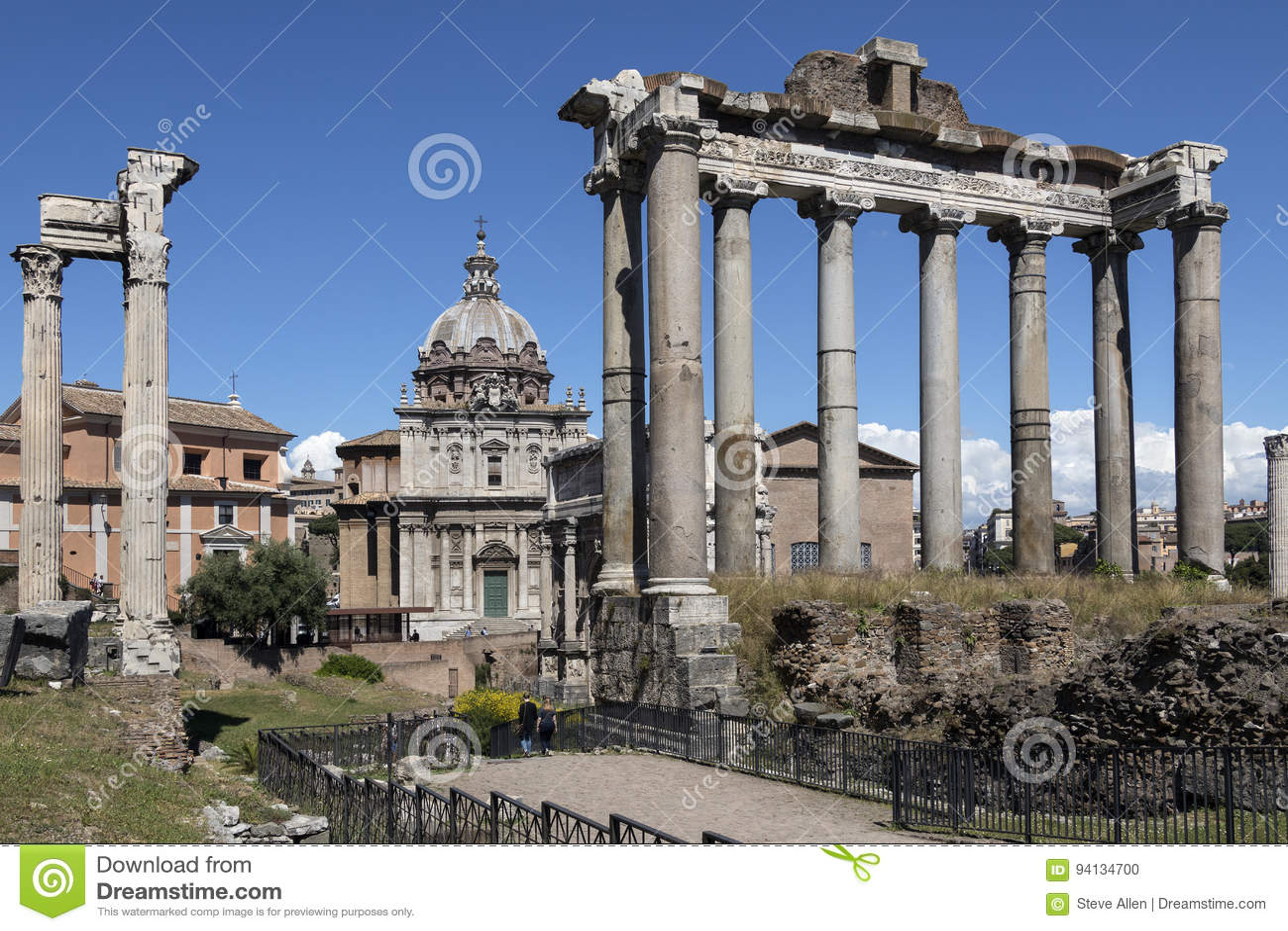Tempel van Saturn - Roman Forum - Rome - Italië