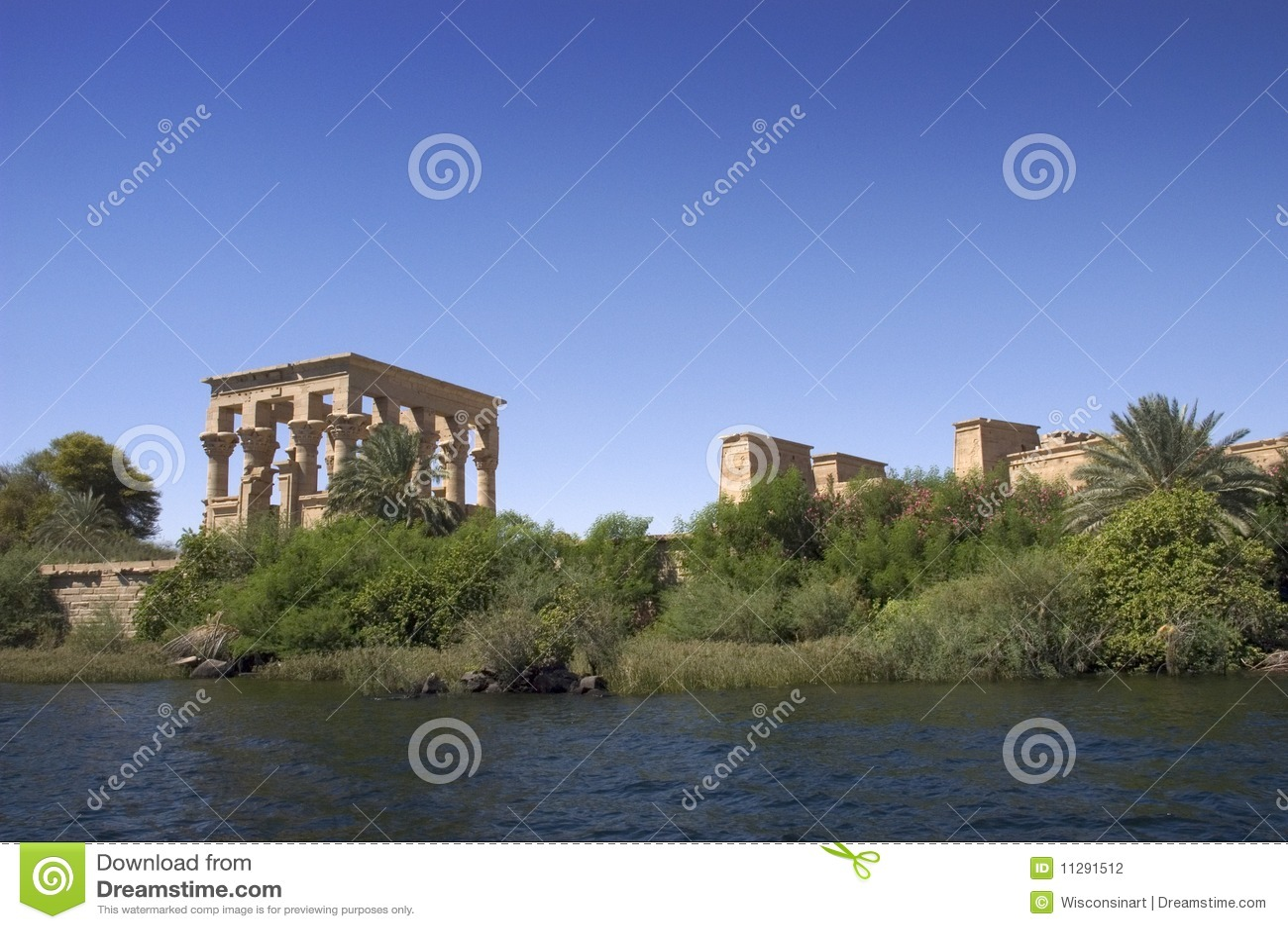 Tempiale antico dell Egitto di Philae, rovine, corsa