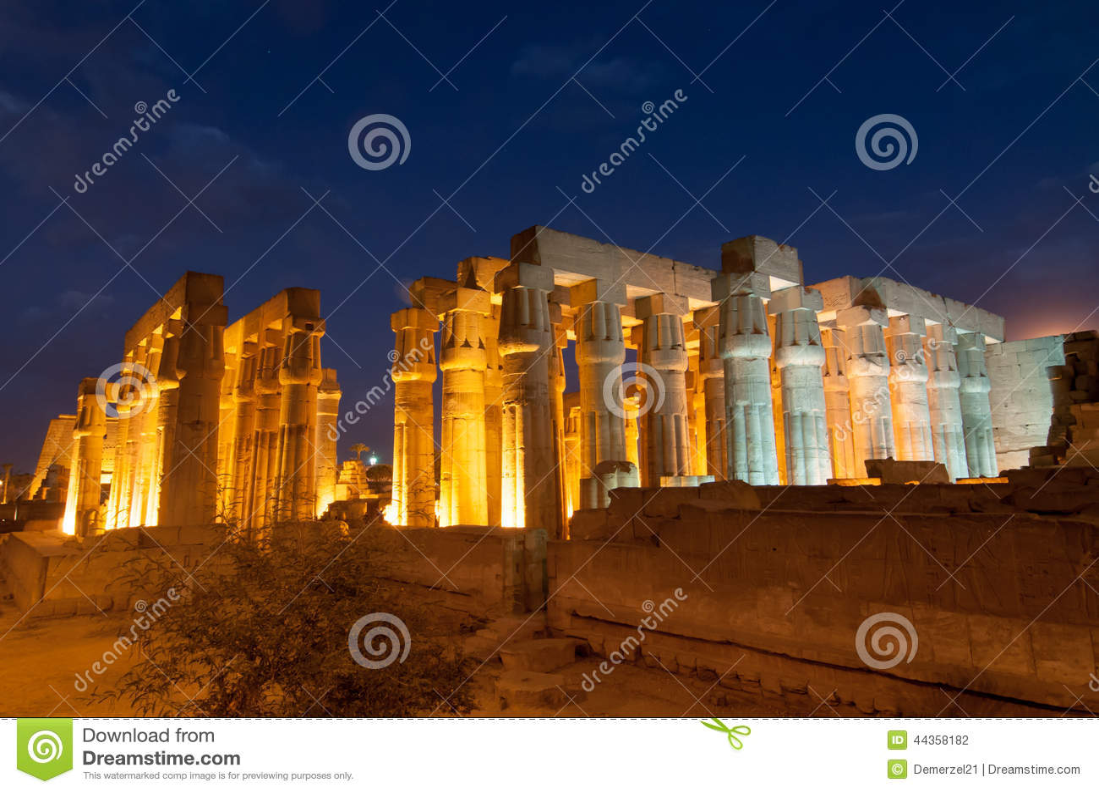 Tempio di Luxor, Egitto alla notte
