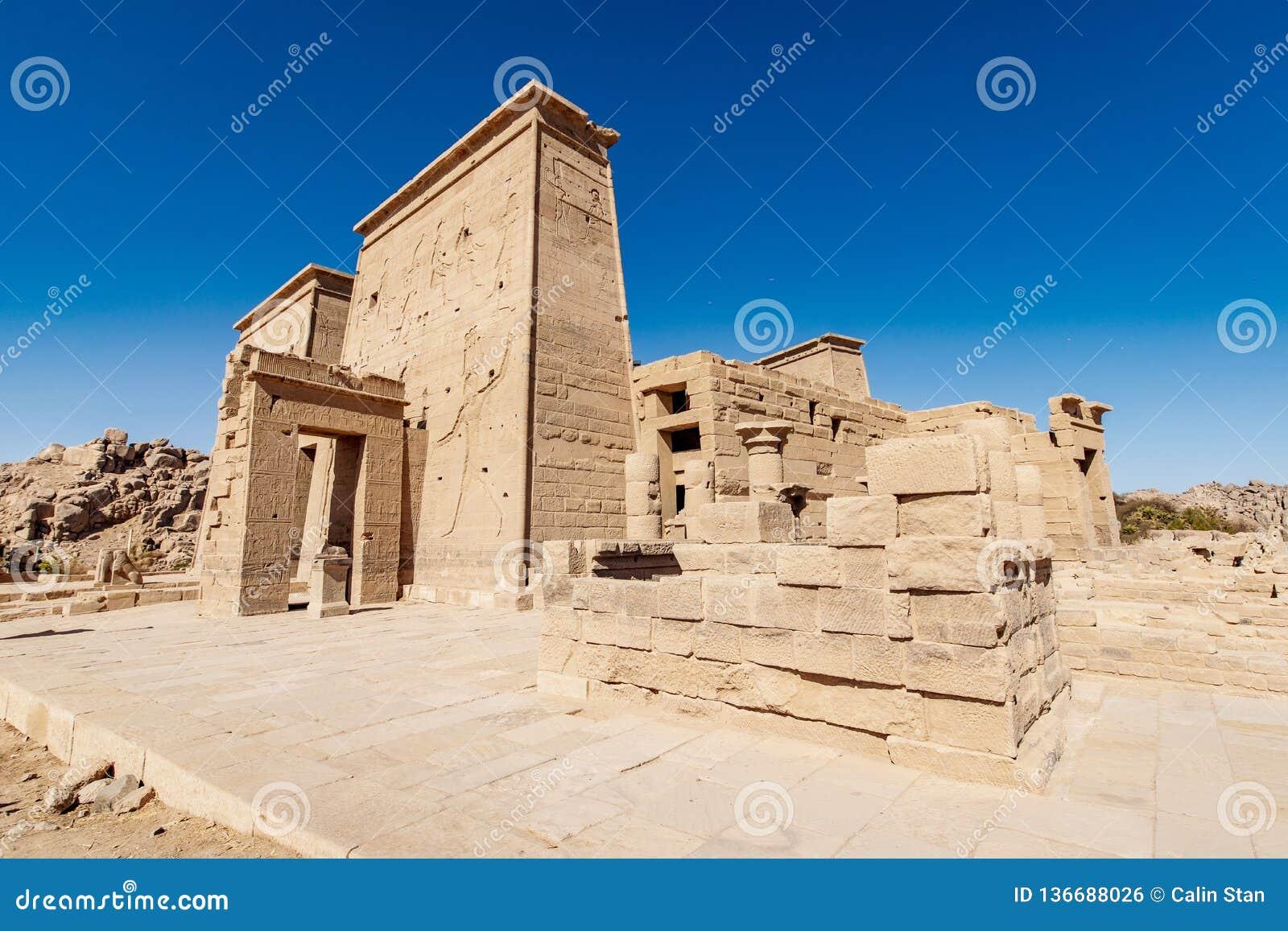 Temple égyptien Philae de Trajan Assouan d héritage
