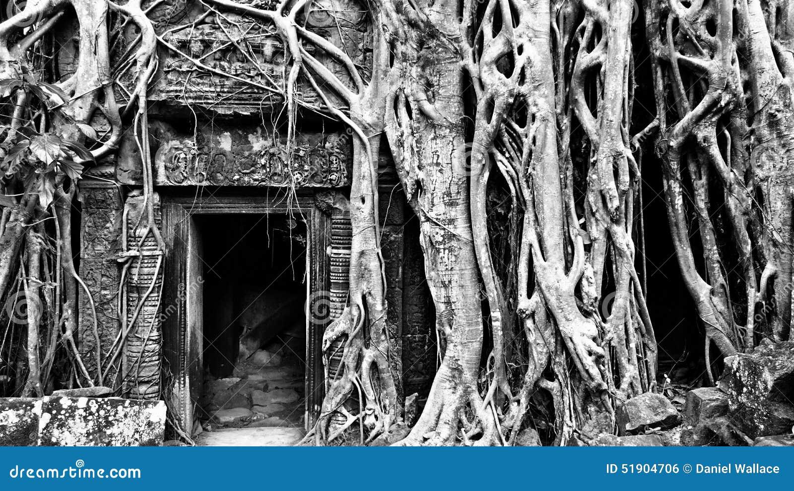 Temple antique de Phrom de ventres