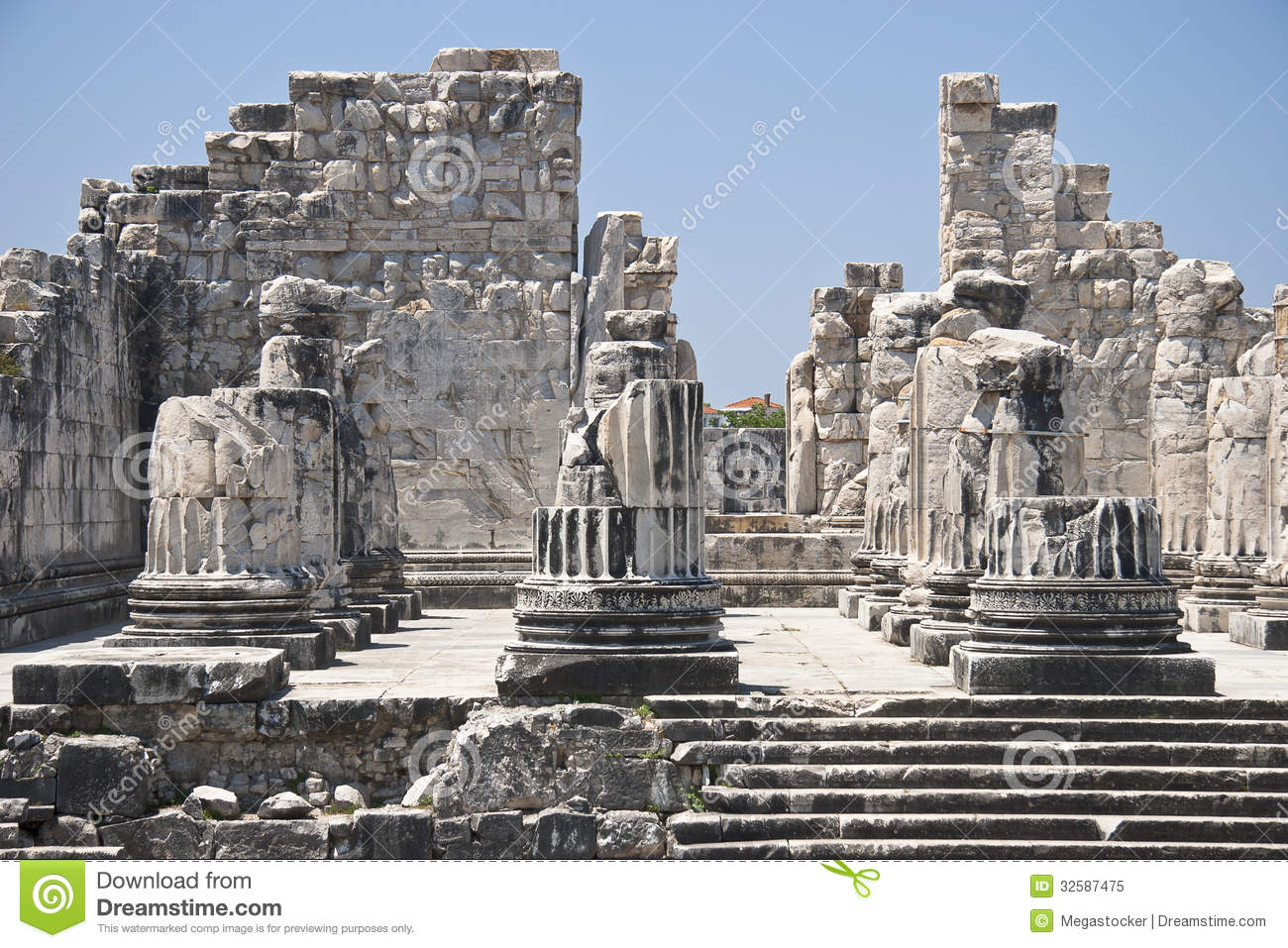 Temple Of Apollo Royalty Free Stock Photo - Image: 32587475