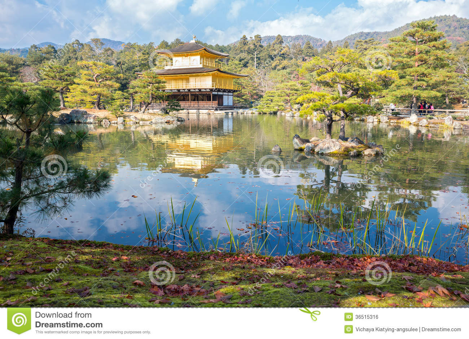 Temple de Kinkakuji à Kyoto Japon