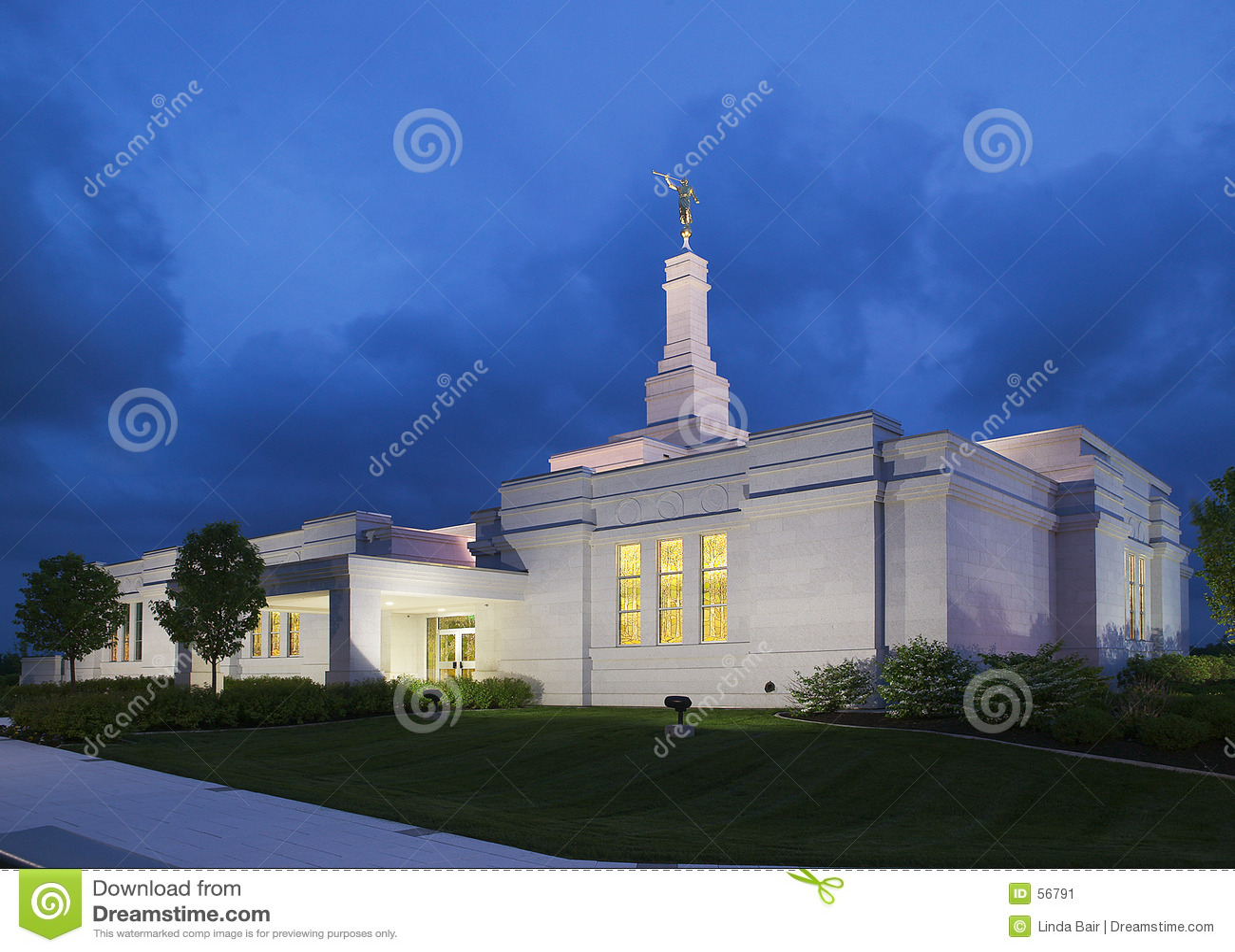 Download Temple De New York De Palmyra Image stock - Image du neuf, herbe: 56791