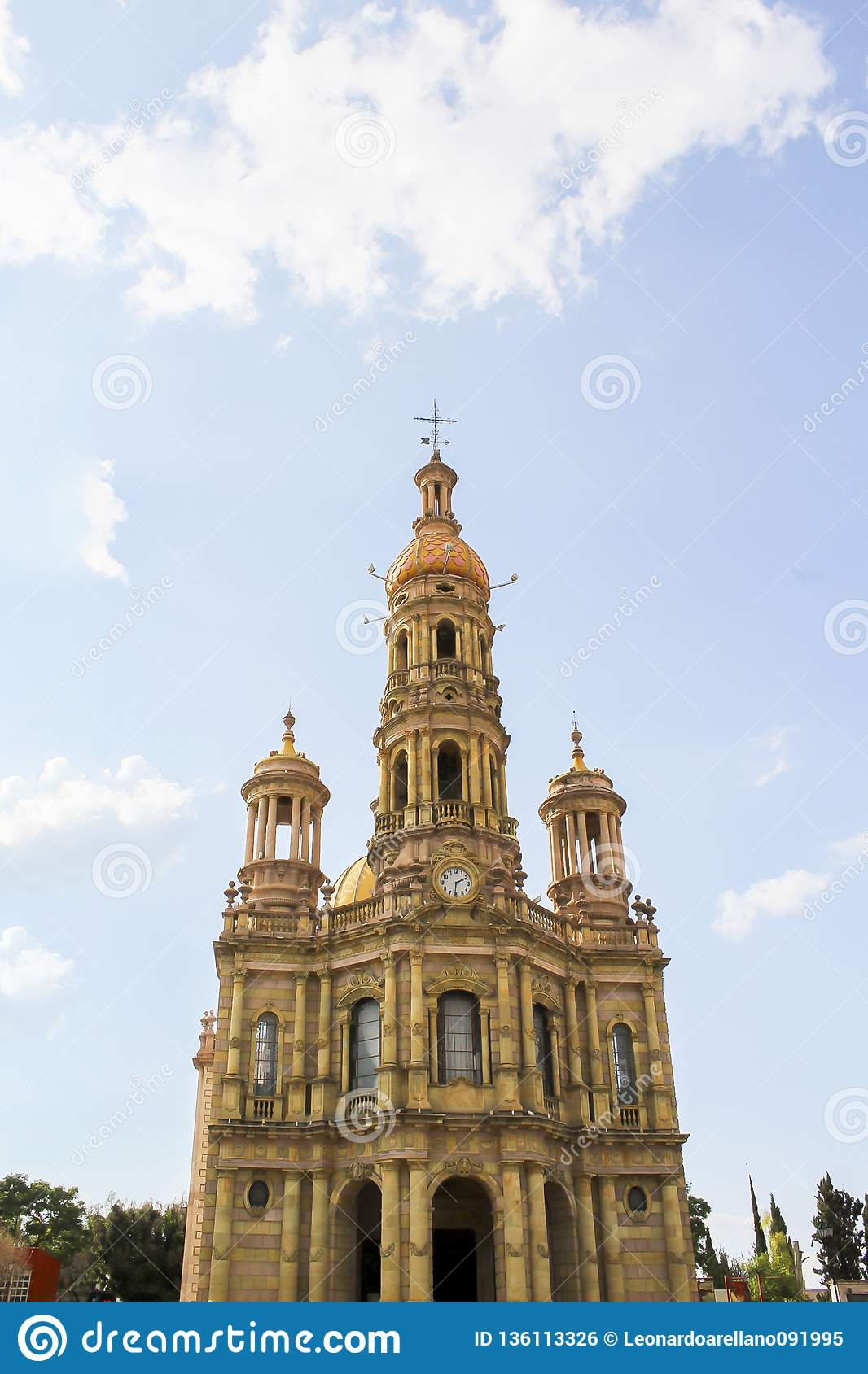 Temple de San Antonio, au coeur du Mexique
