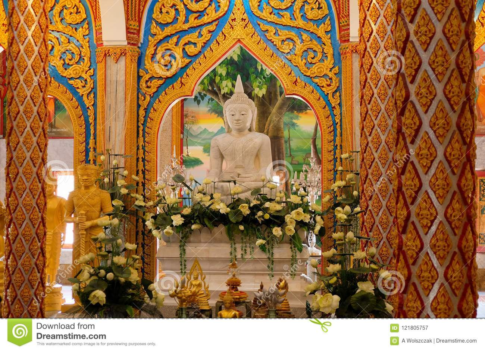 Temple de Wat Chalong Chaithararam Phuket Biggest