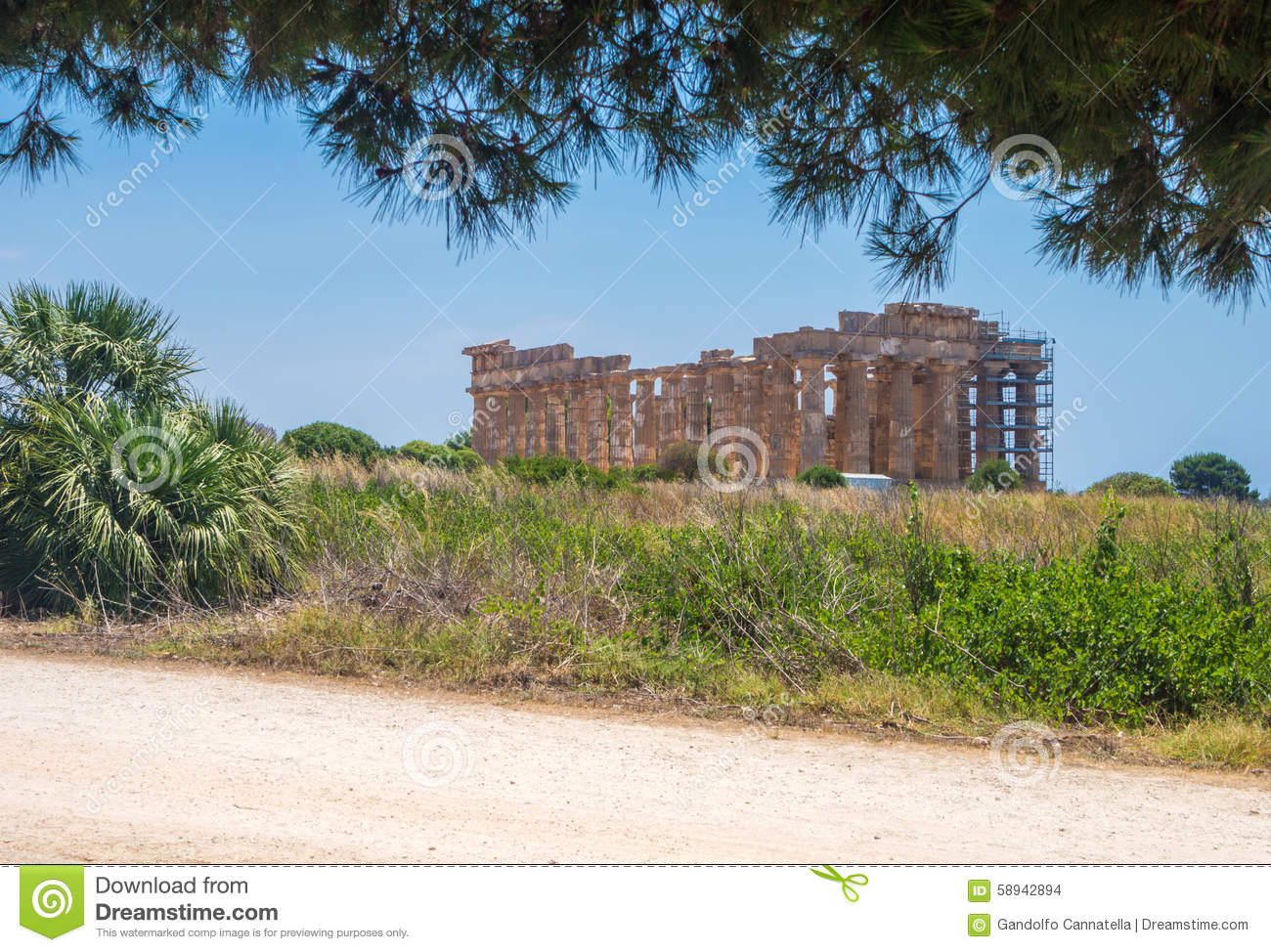 Temple E at Selinunte in Sicily is a greek temple of the doric o