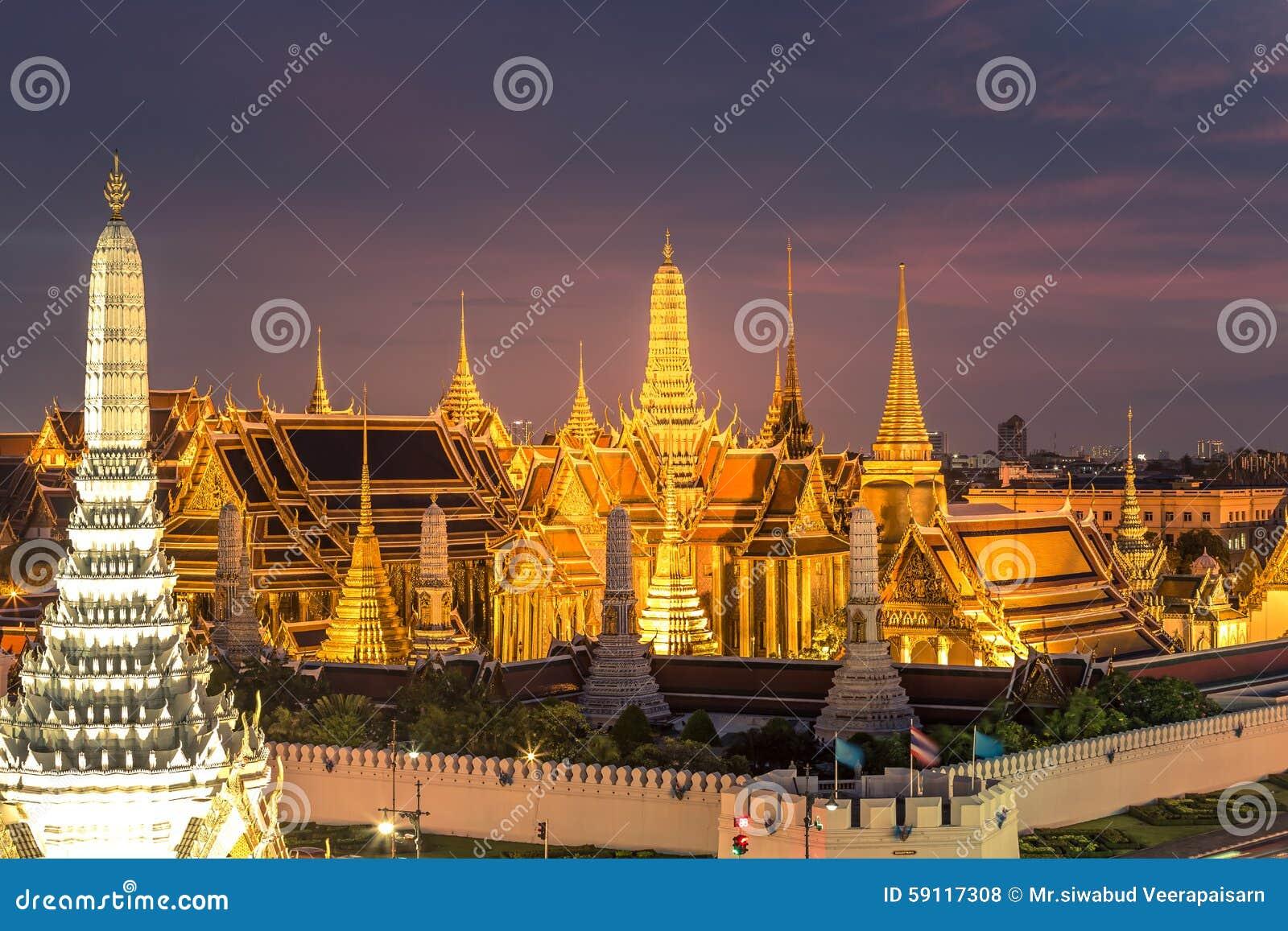 how to get to grand palace bangkok
