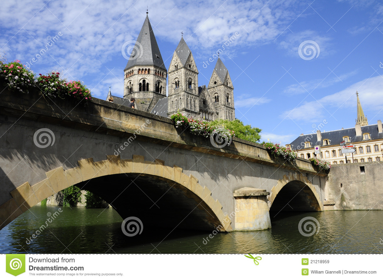 Temple neuf metz france editorial stock image image for Exclusive metz