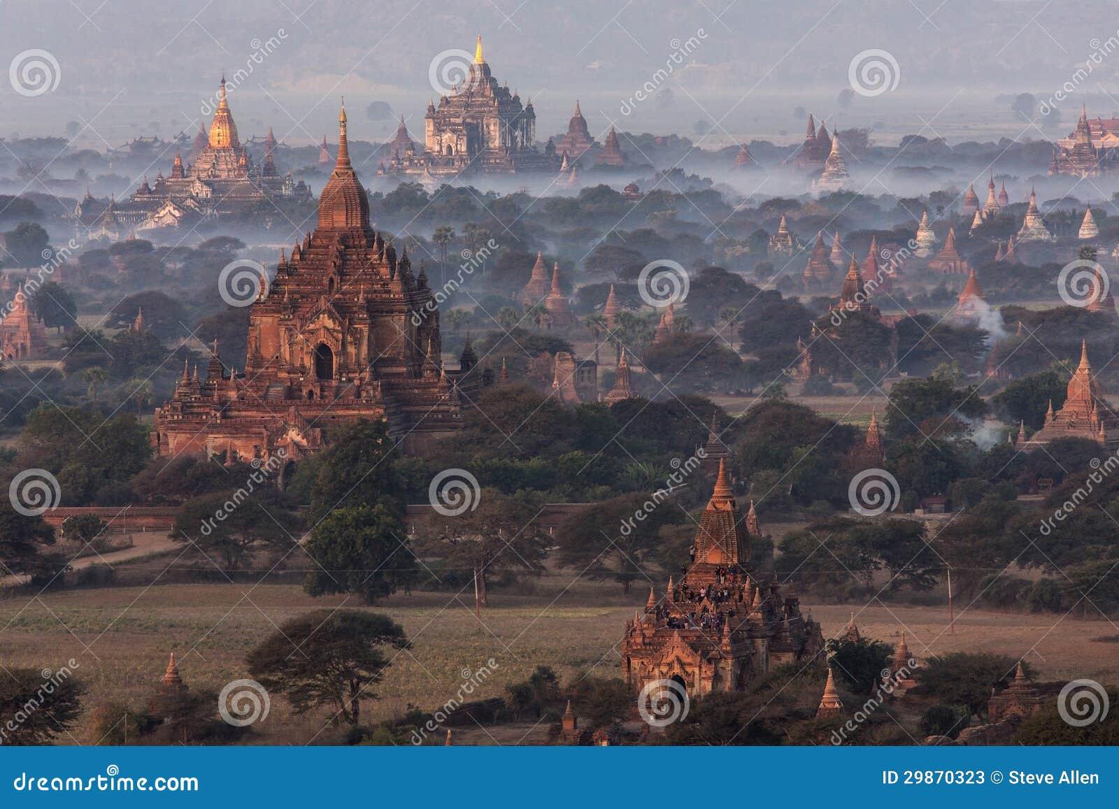 Dawn over the temples of Bagan - Myanmar (Burma)