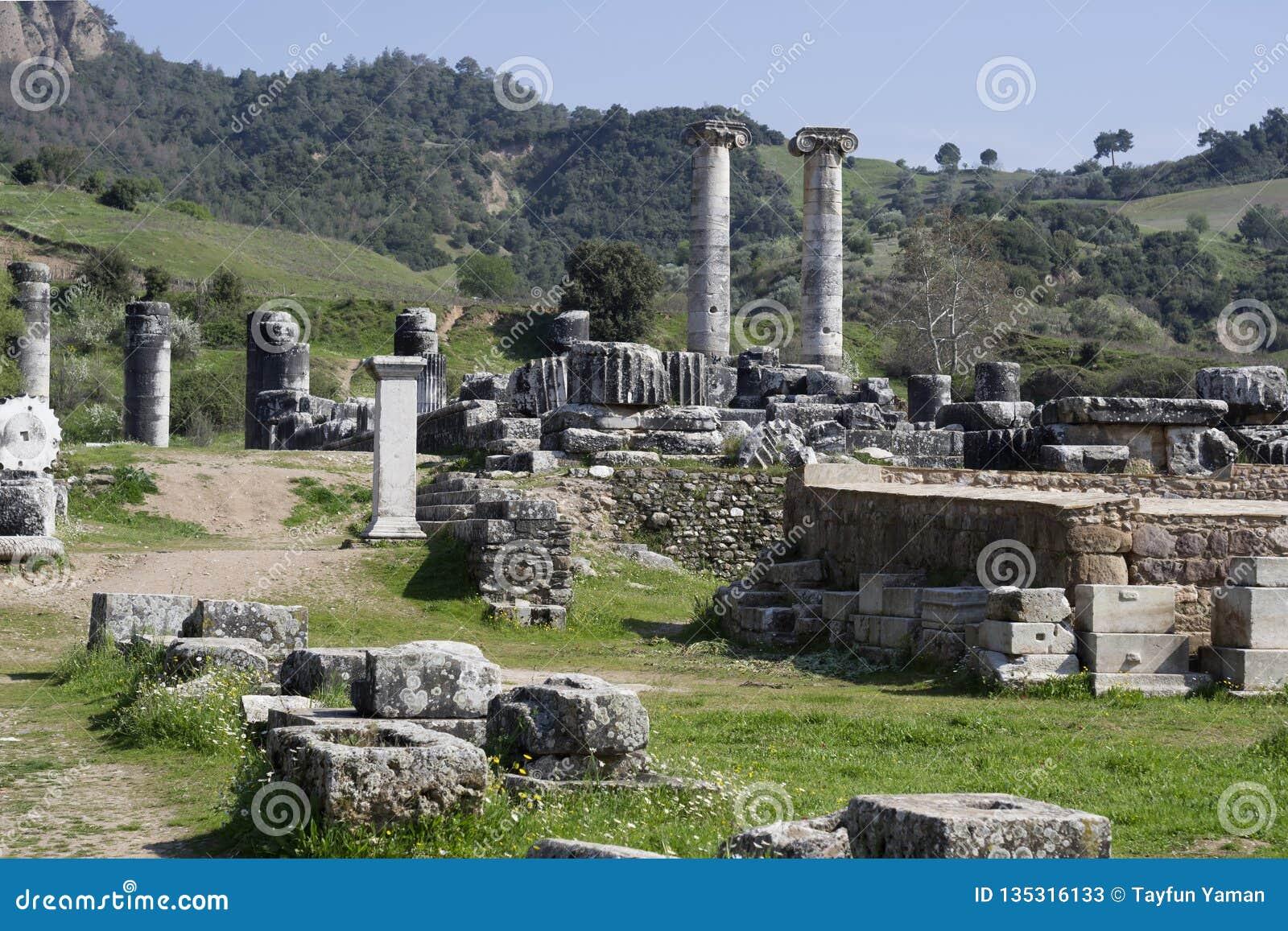 Templet av Artemis, Sardis, Manisa, Turkiet