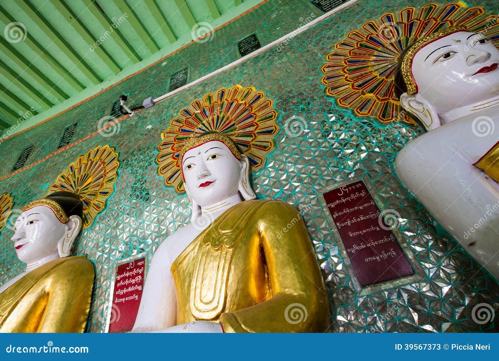 Templet av de 45 Buddha, Mandalay