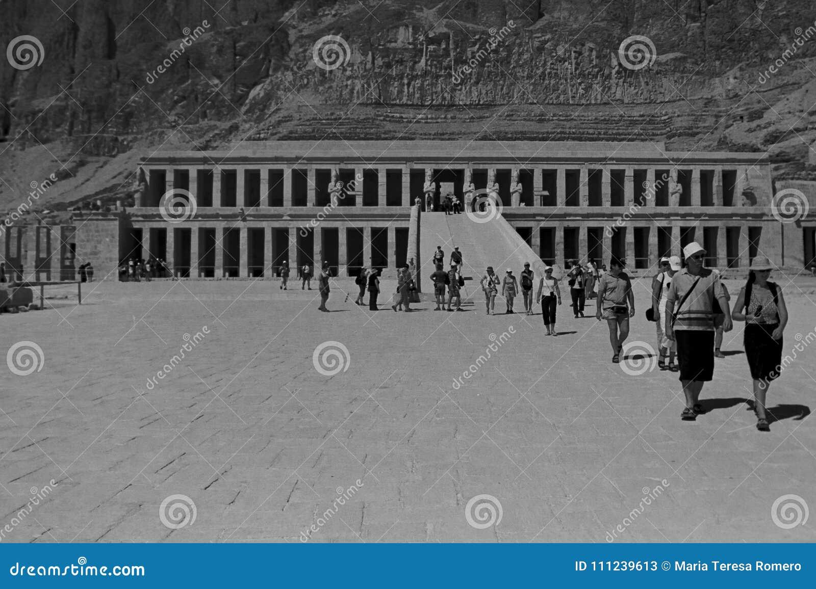 Templo de Hatshepsut, Egito, em outubro de 2002