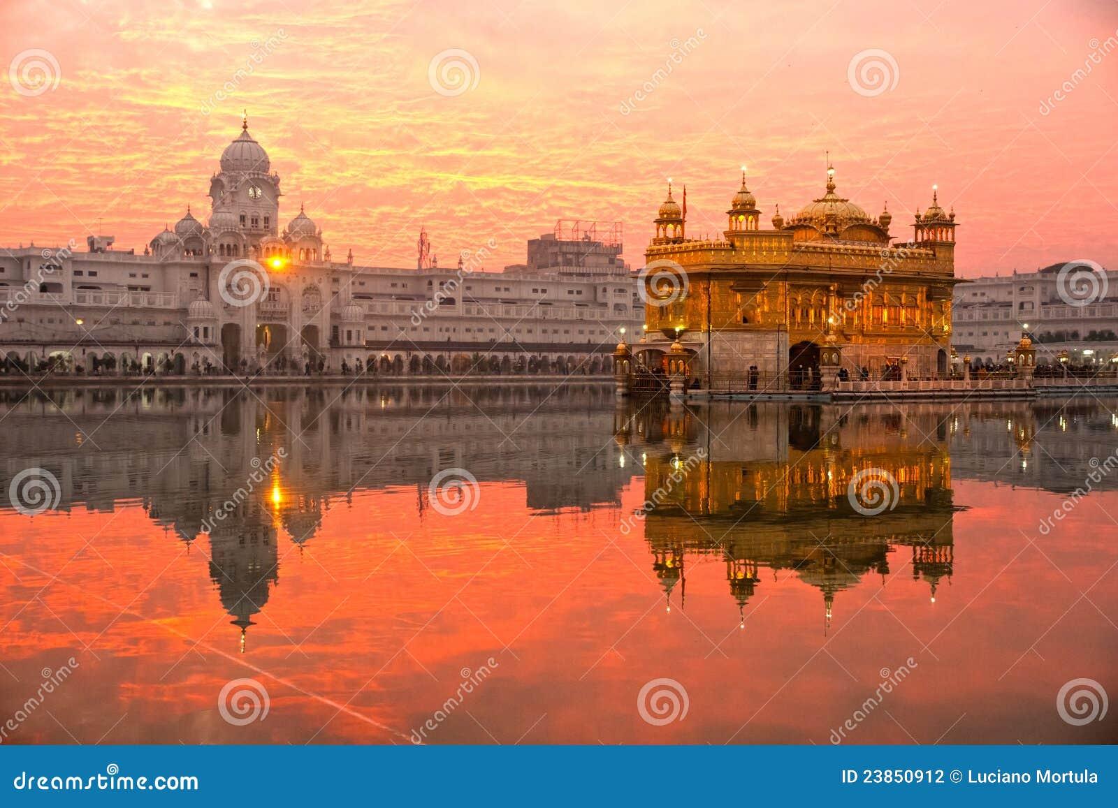 Templo de oro, Punjab, la India.
