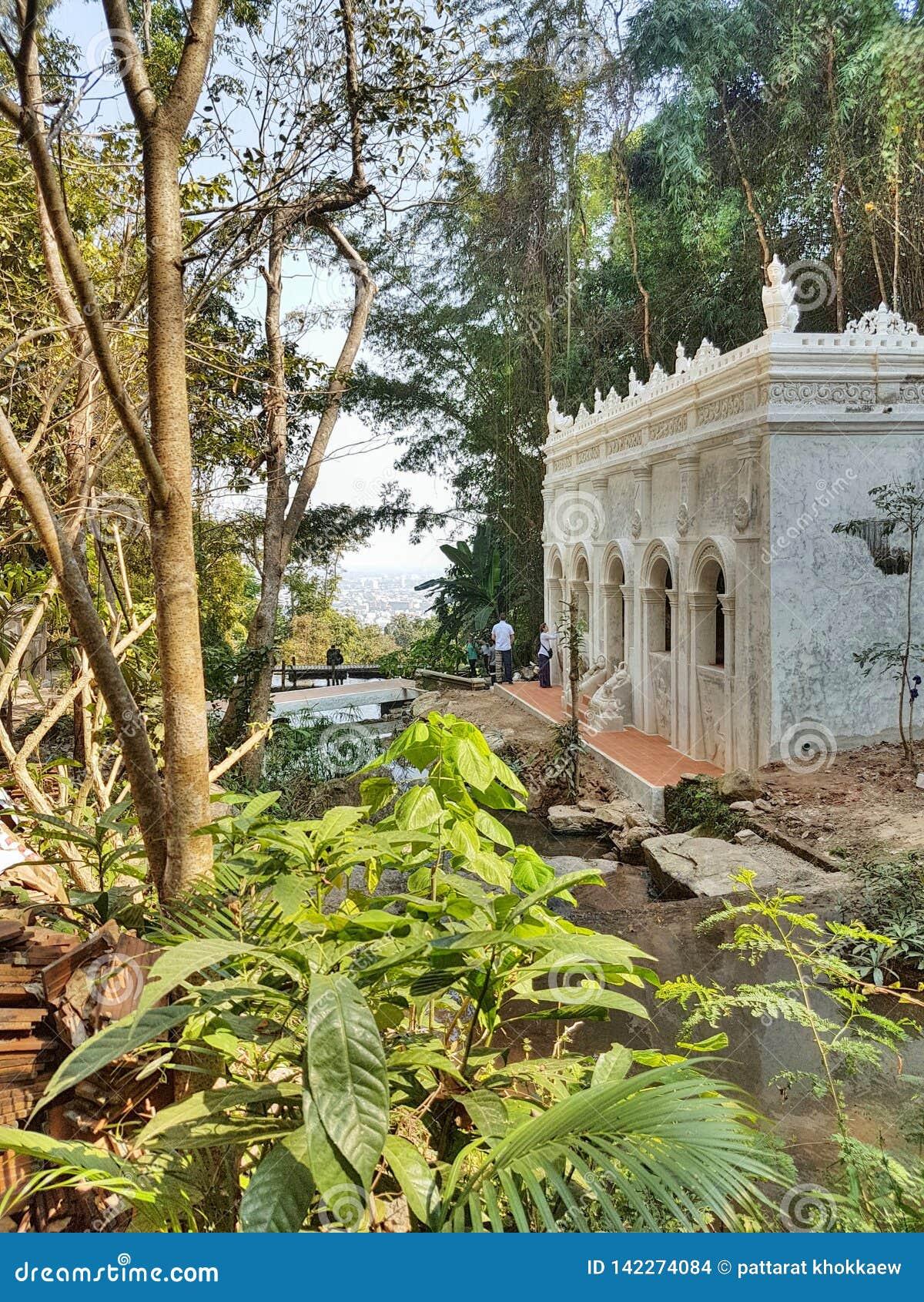 Templo del lat de Pha