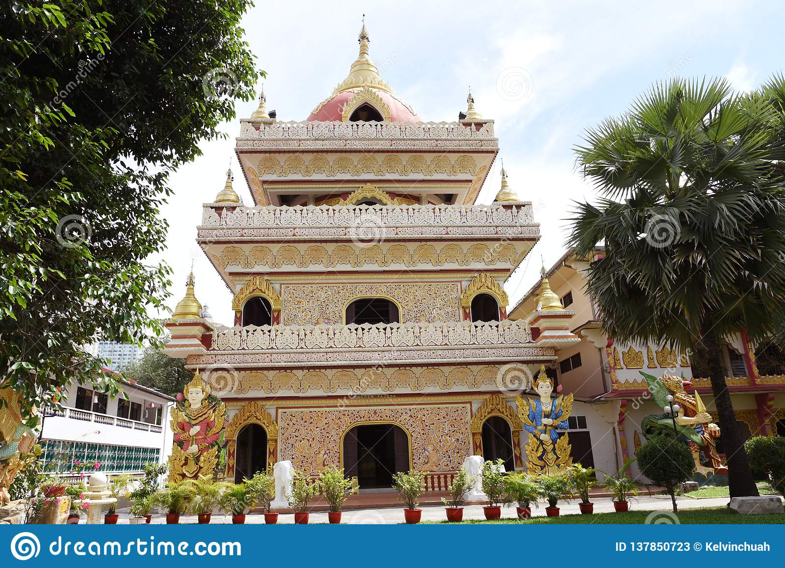 Templo do birmanês em Penang, Malásia