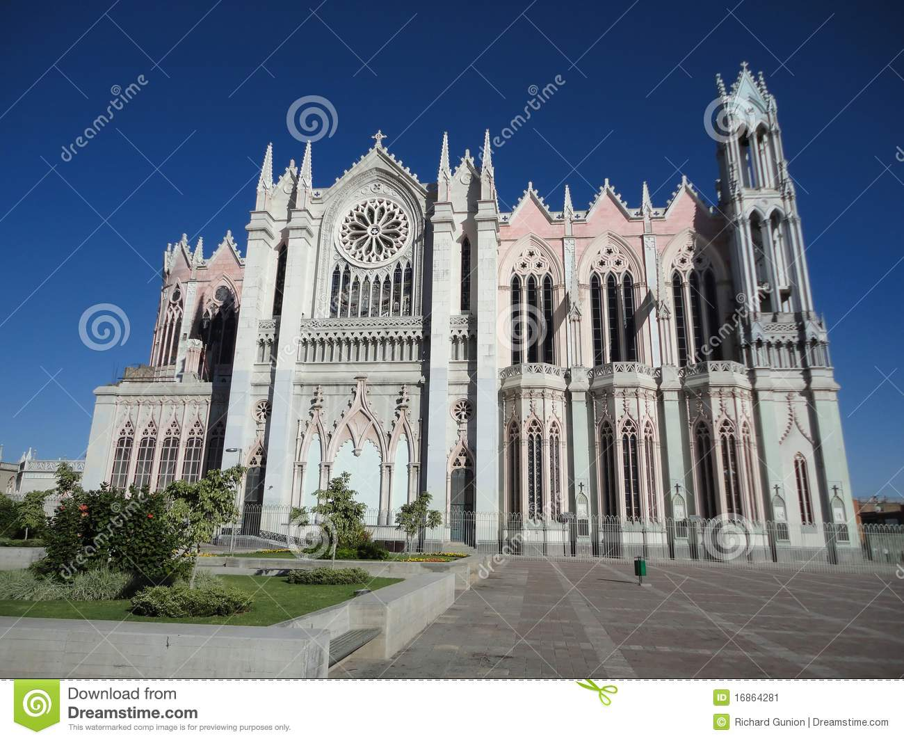 templo expiatorio leon guanajuato stock image image Catholic Church Art catholic church clip art for finance council