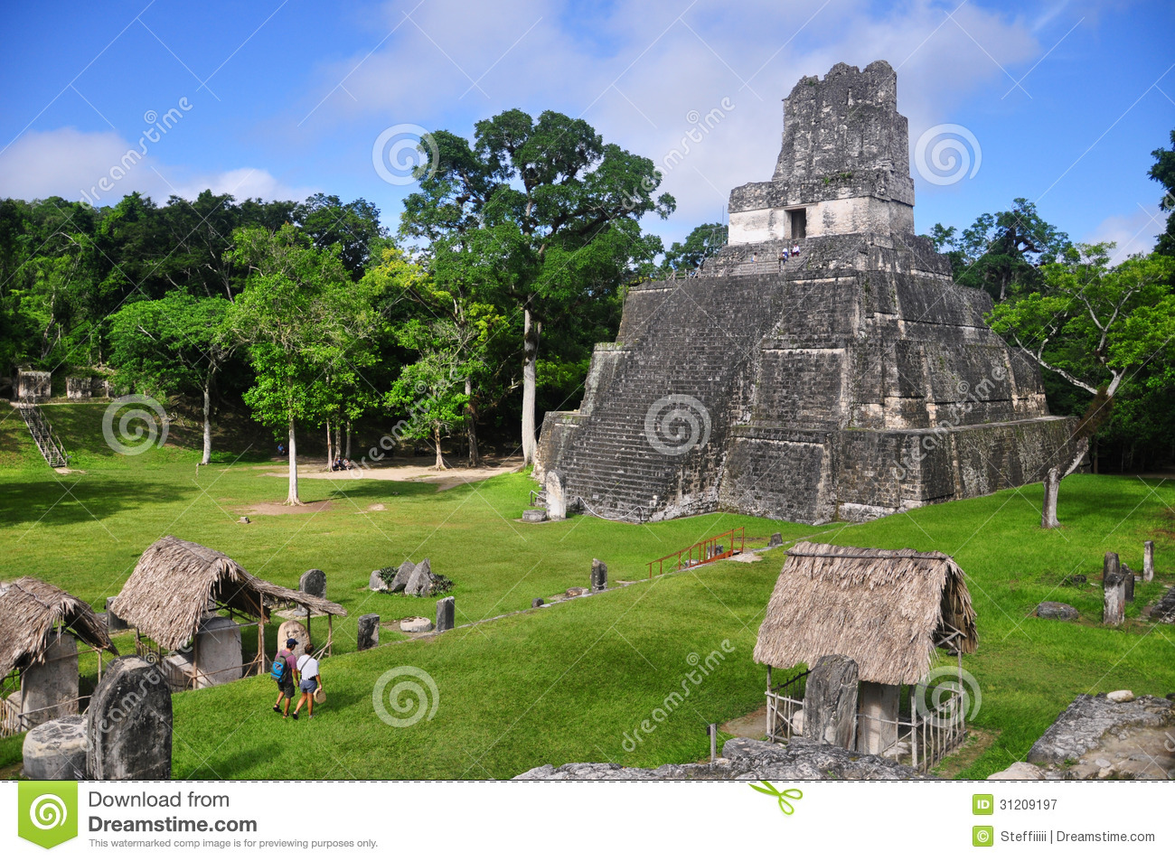 Templo I, Gran Plaza At Tikal, Guatemala Royalty Free ...