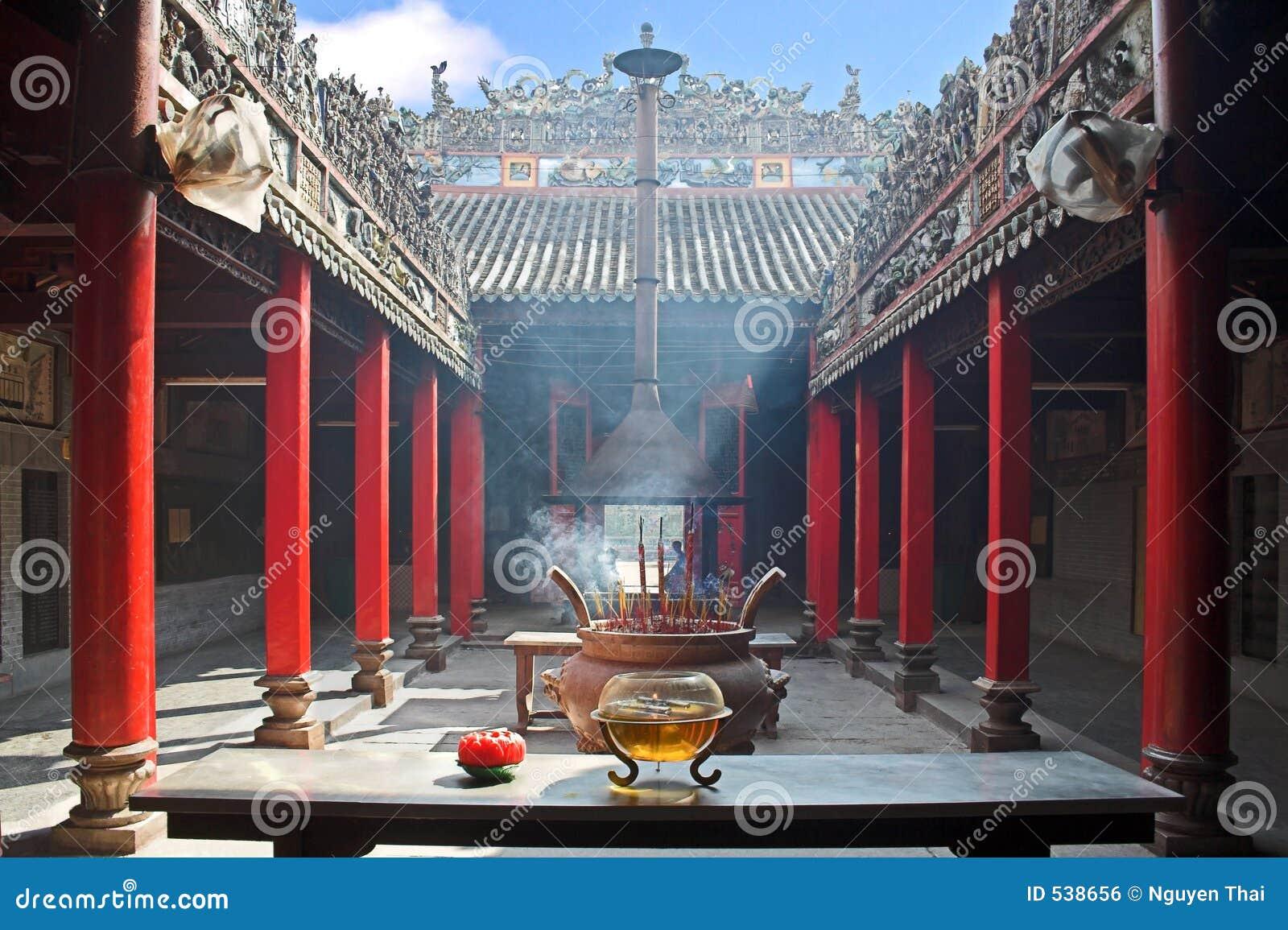 Download Templo Smoke-filled foto de stock. Imagem de arcade, china - 538656