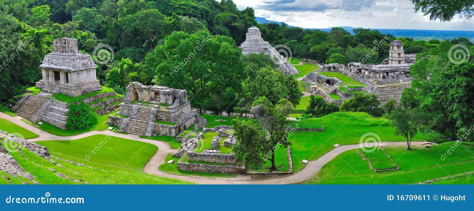 Templos antiguos del maya de Palenque, México