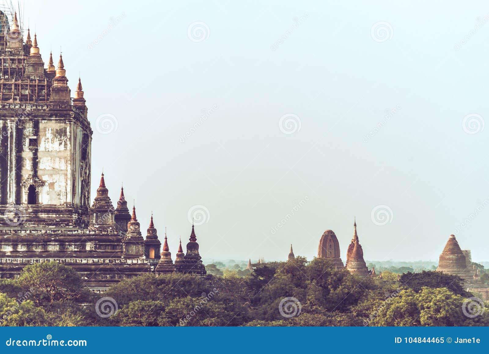 Templos antiguos en Bagan