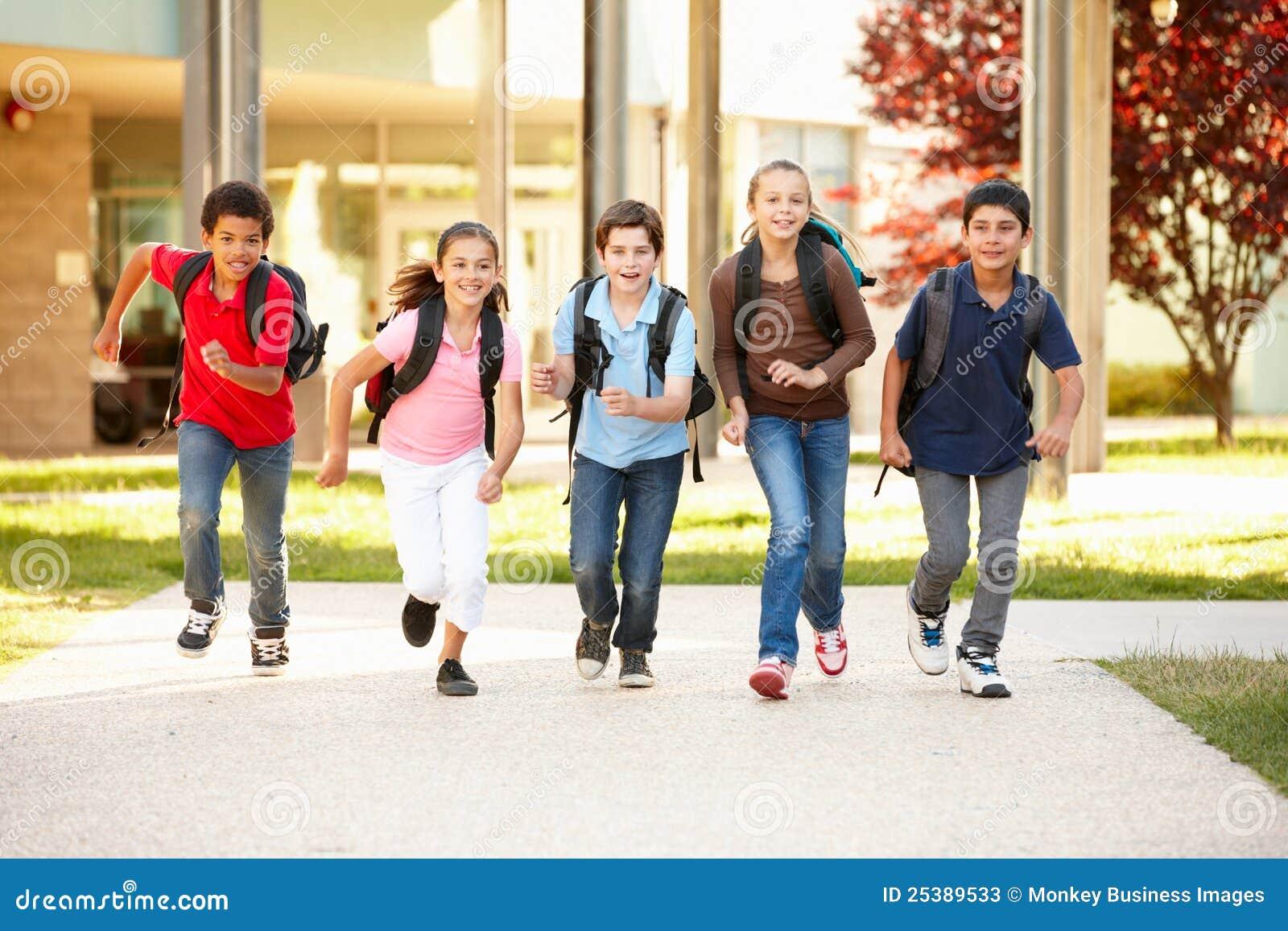 Tempo degli scolari nel paese