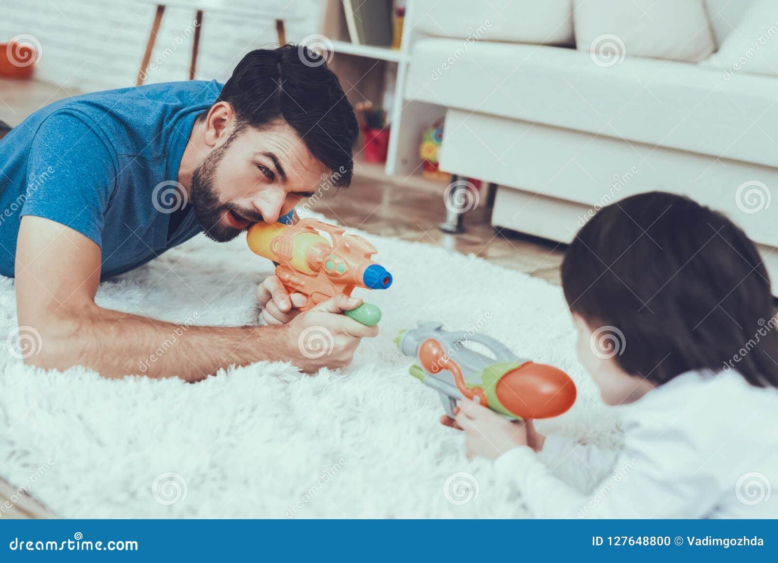Temps à la maison Jouets Garçon Ayez l amusement fils gibiers Homme