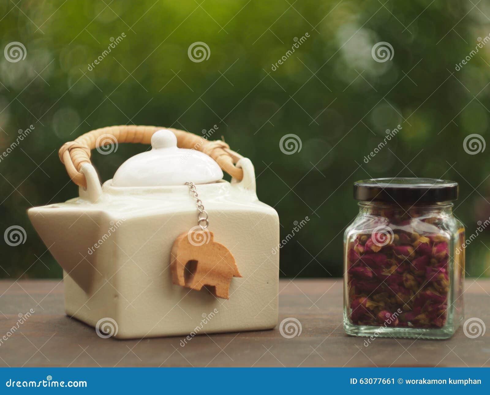 Download Temps de thé de Rose image stock. Image du associez, théière - 63077661