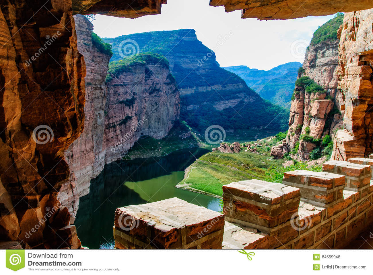 Ten gorge ditch ditch village China no day gorge in Hebei province Xingtai City Wall Road