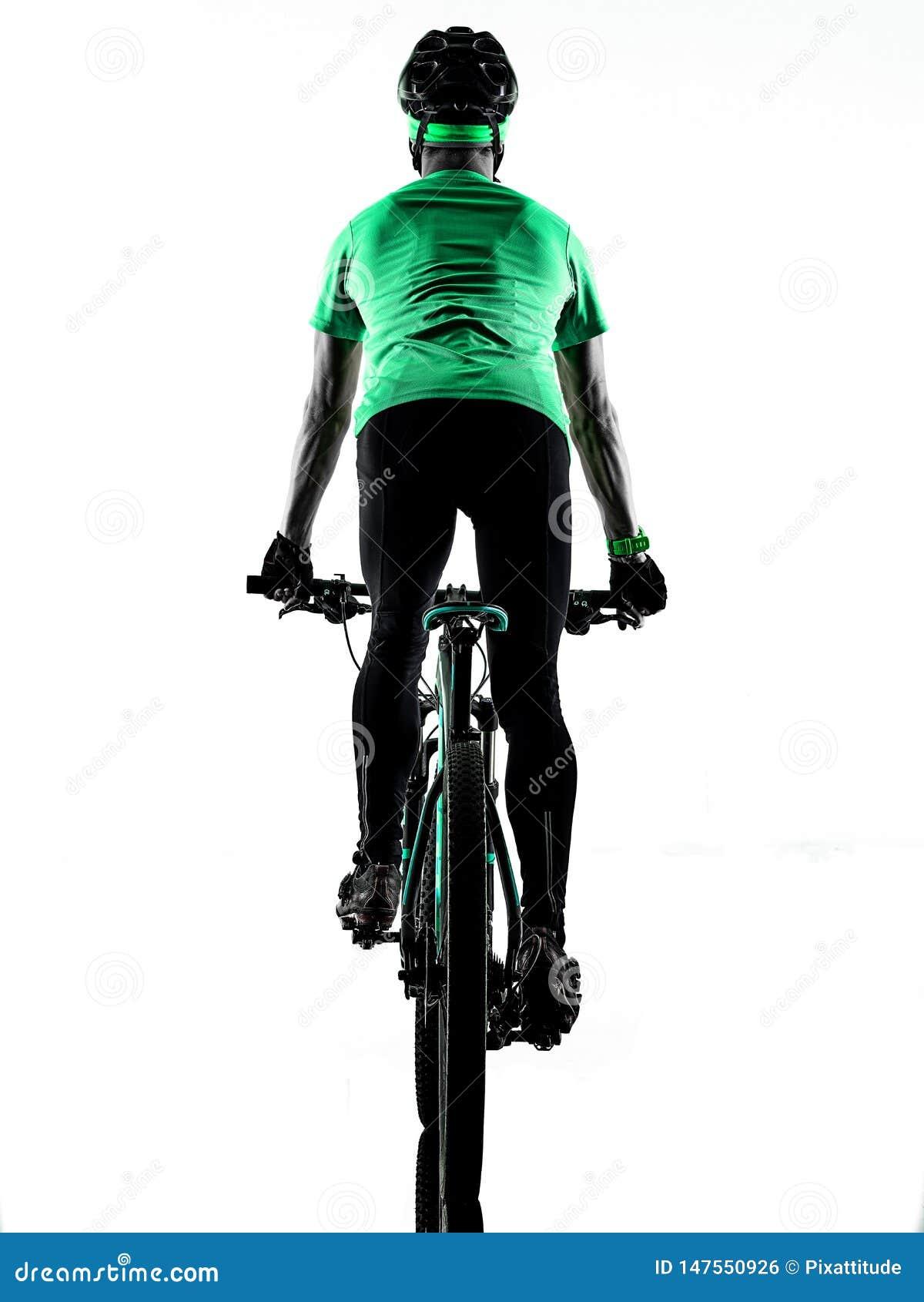 Tenager ch?opiec rower g?rski bking odizolowywaj?cych cienie