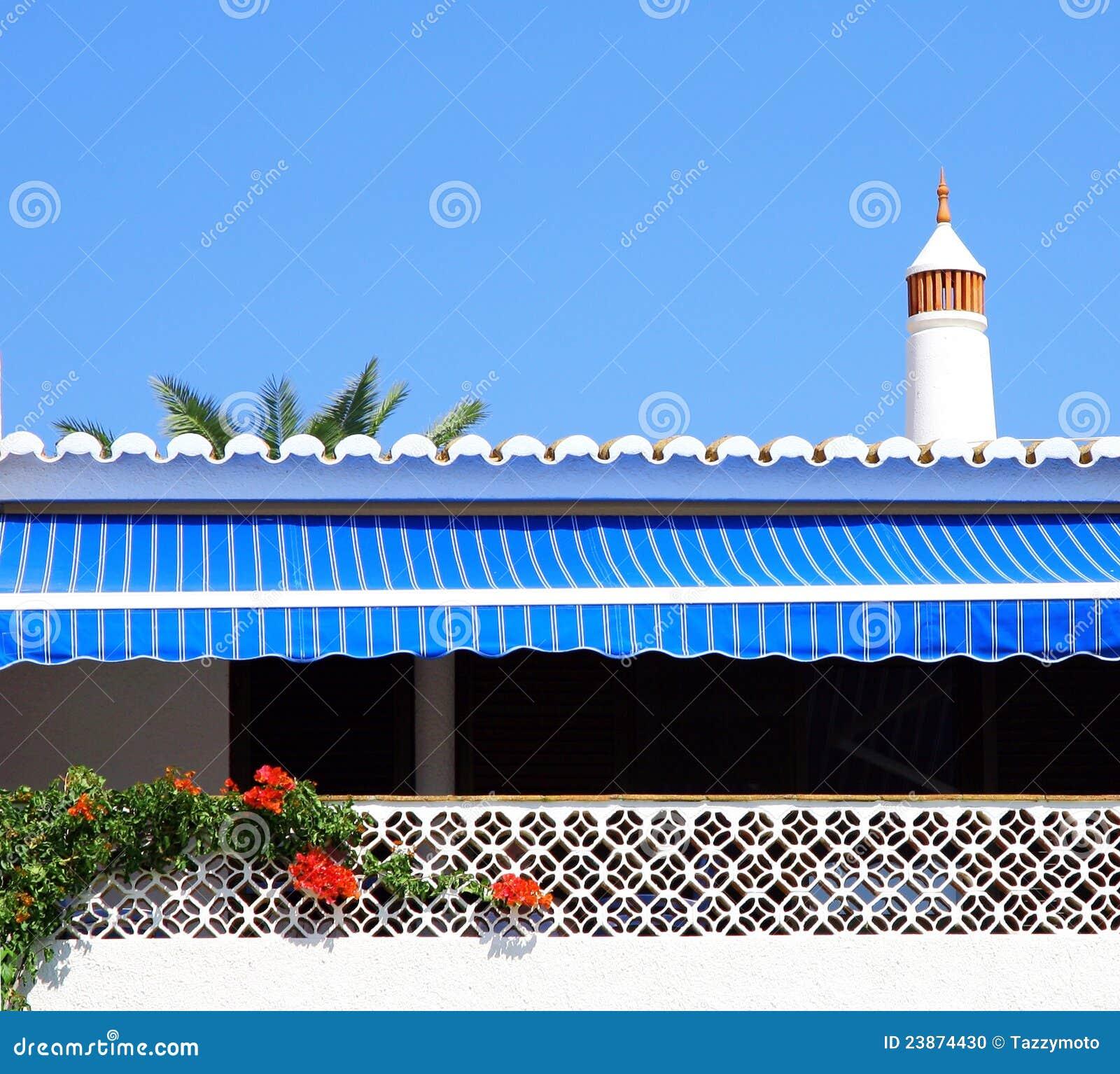 Tenda a strisce blu