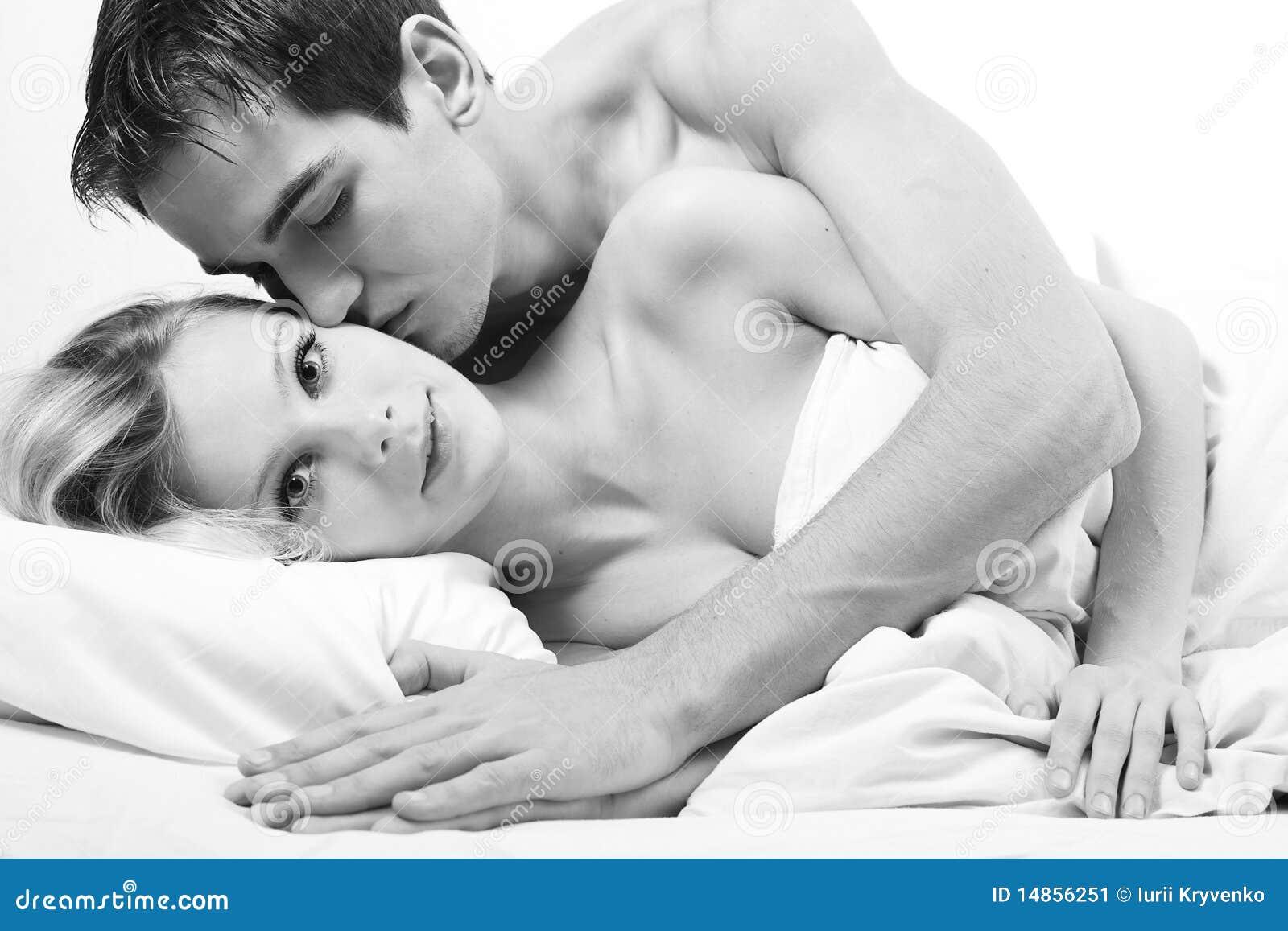 Склонение к половому акту 12 фотография