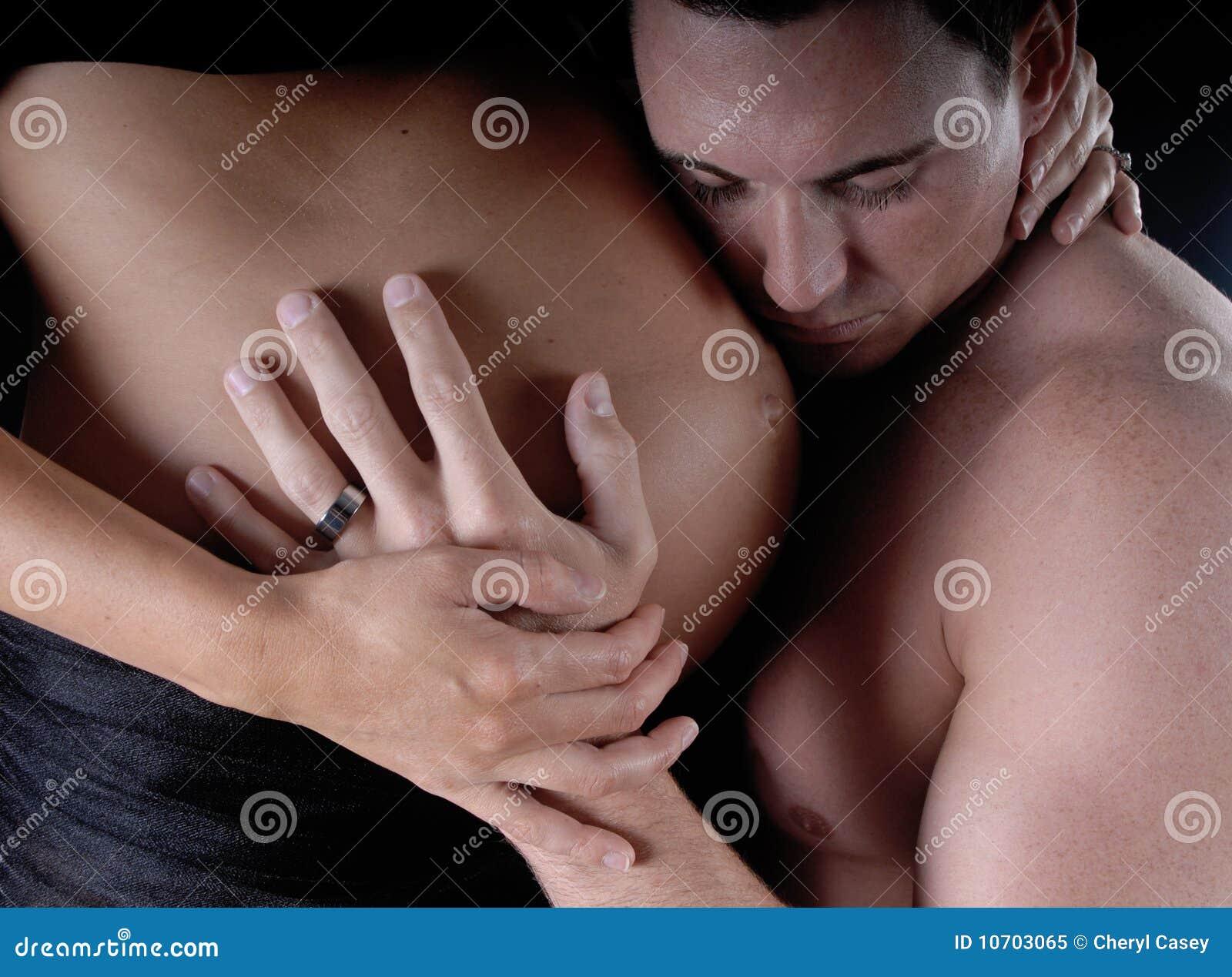Член в руке женщины, Голые женщины с членами в руках (28 фото) 26 фотография