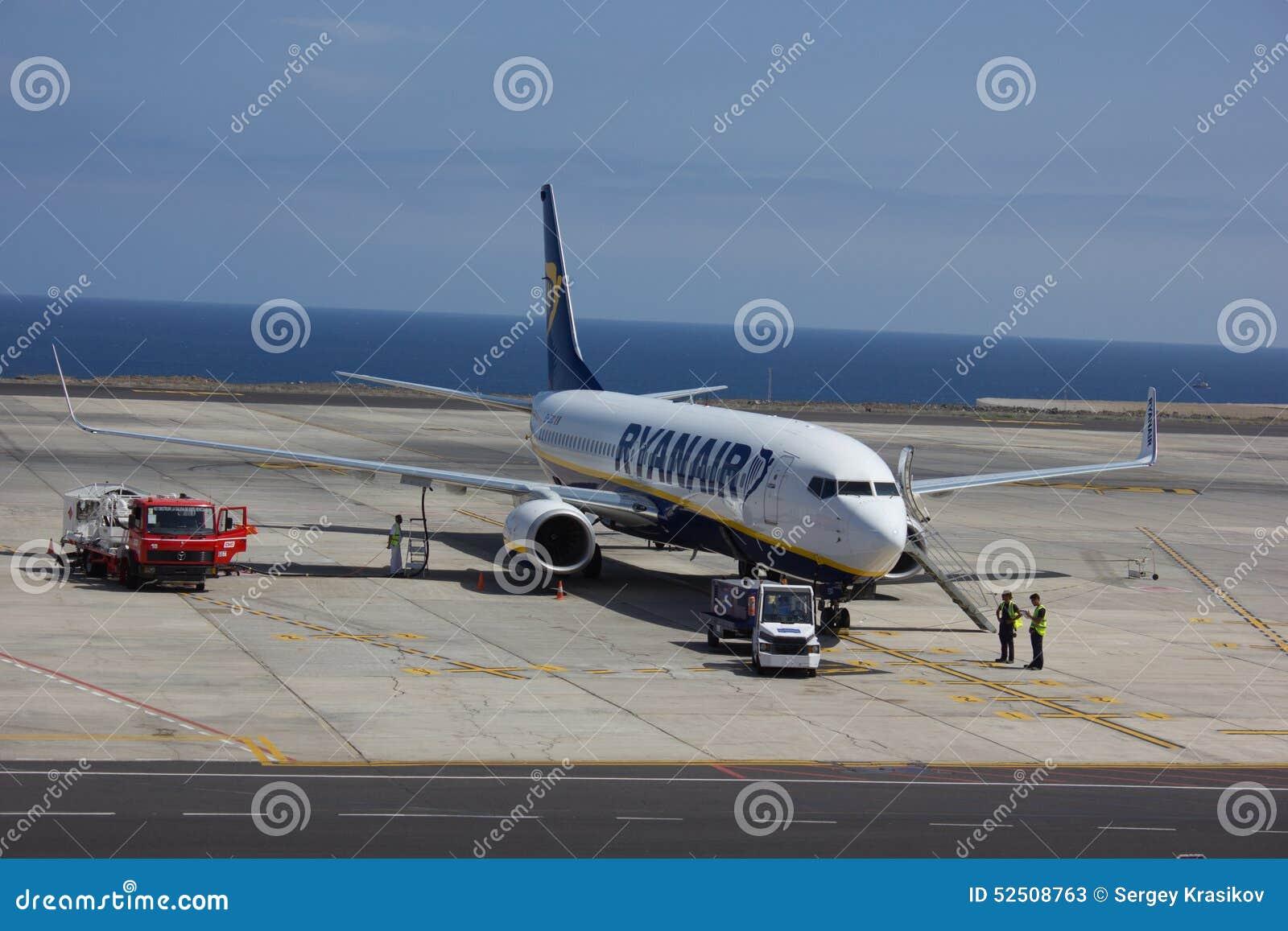 TENERIFE, SPAIN - JULY 16, 2014: Ryanair Plane Is ...