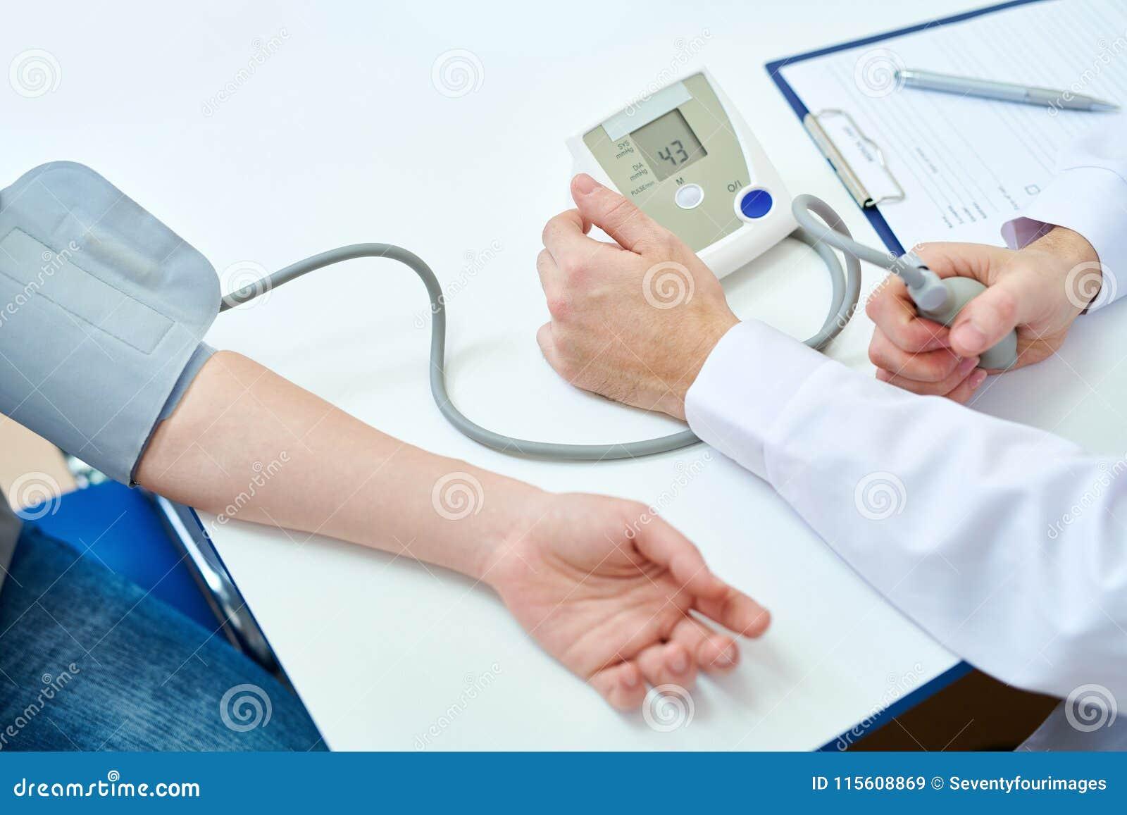 Tension artérielle de mesure