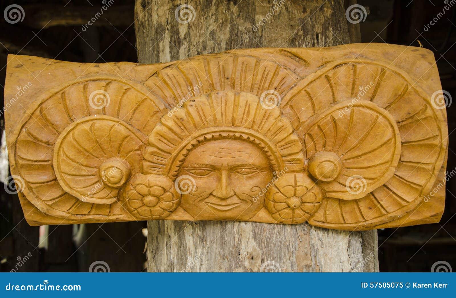 Tenture en bois mexicaine