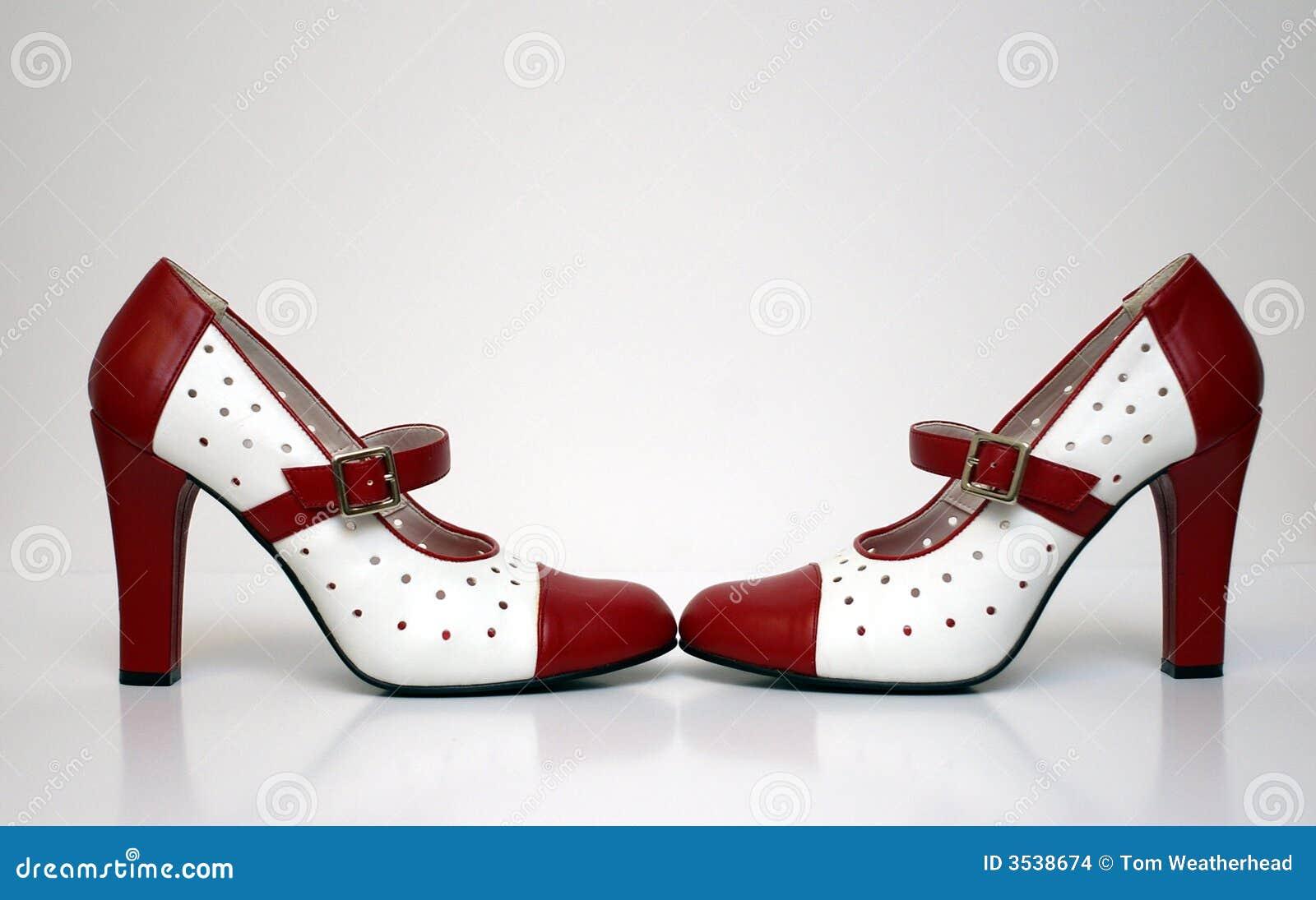 Tep à botter avec la pointe du pied