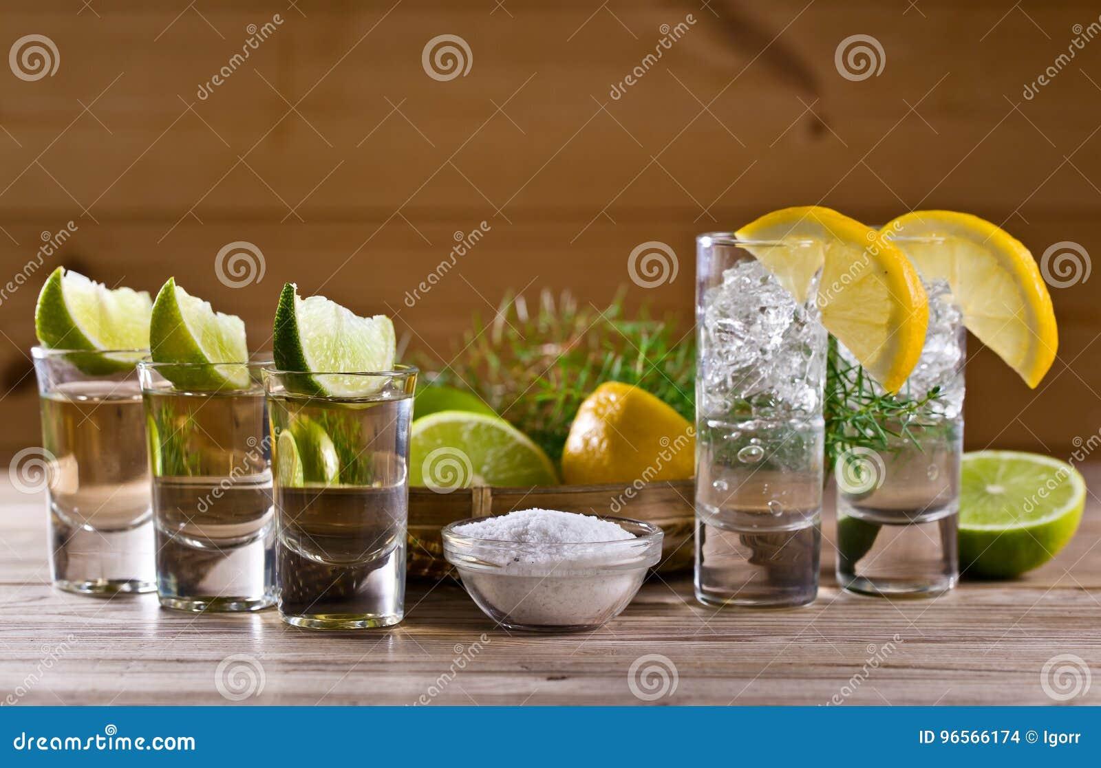 Tequila et genièvre