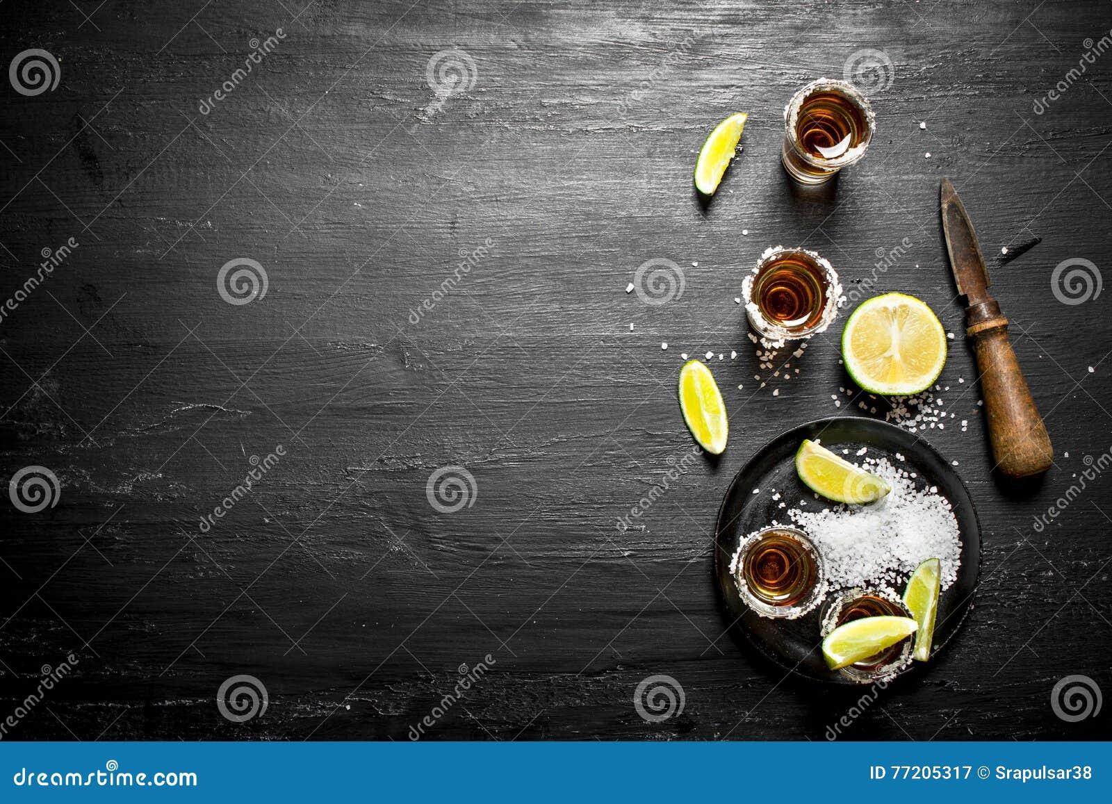 Tequila med salt och limefrukt