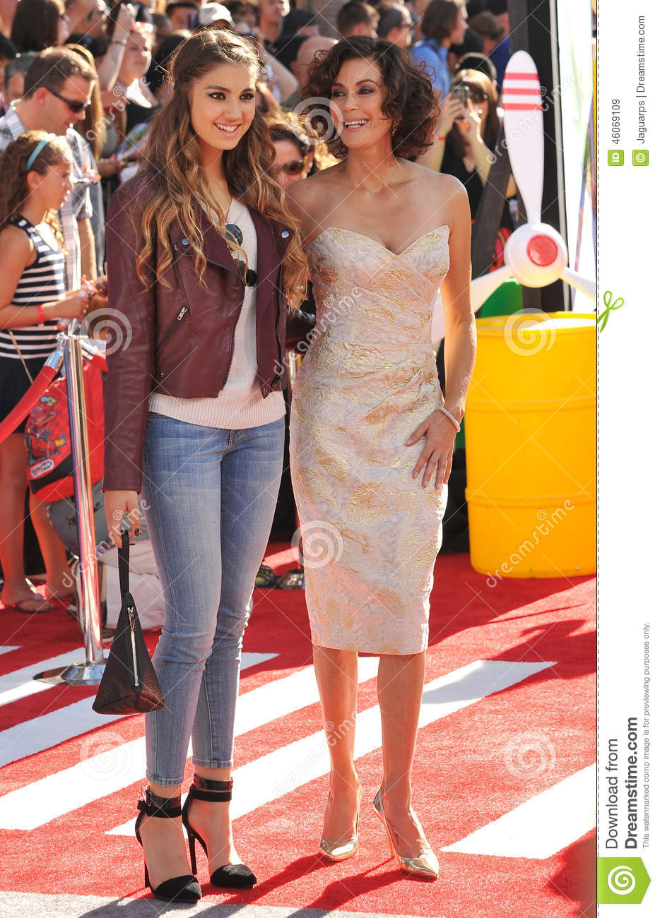 Teri Hatcher & Emerson Tenney
