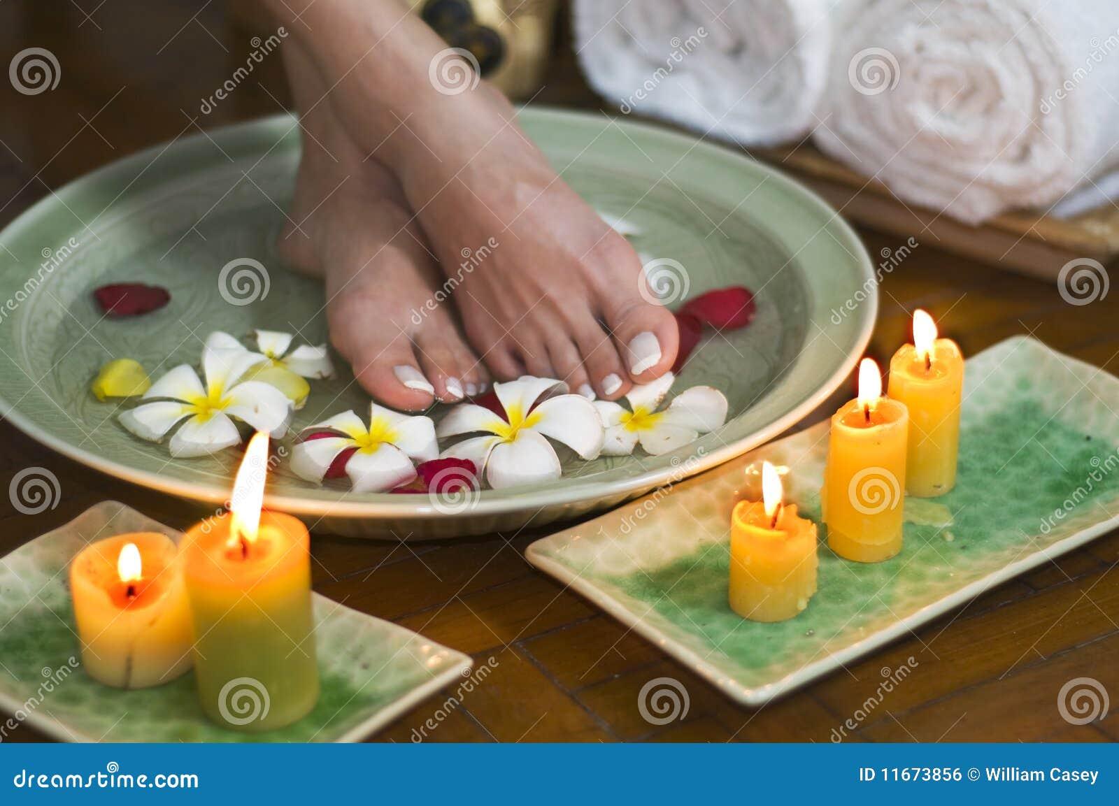 Termas aromatherapy de relaxamento para os pés 7