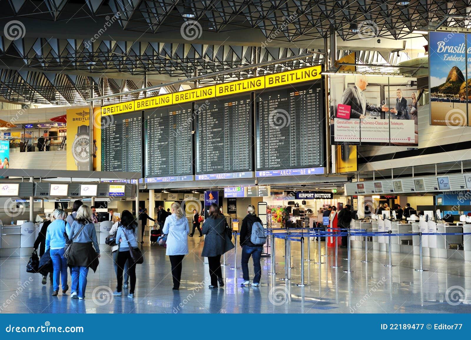Terminal de aeropuerto de Francfort 1. tablillas del tiempo