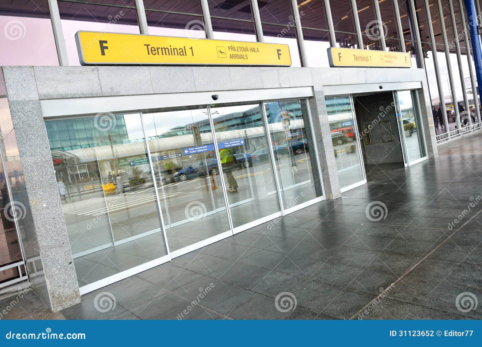 Terminal 1 entry of vaclav havel airport prague editorial for Terminal exterior 15 kv