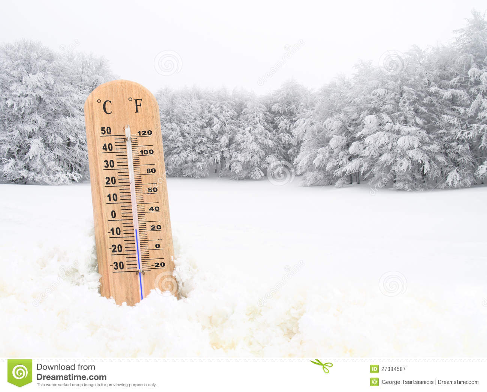 Termometer i snowen fotografering för bildbyråer. Bild av