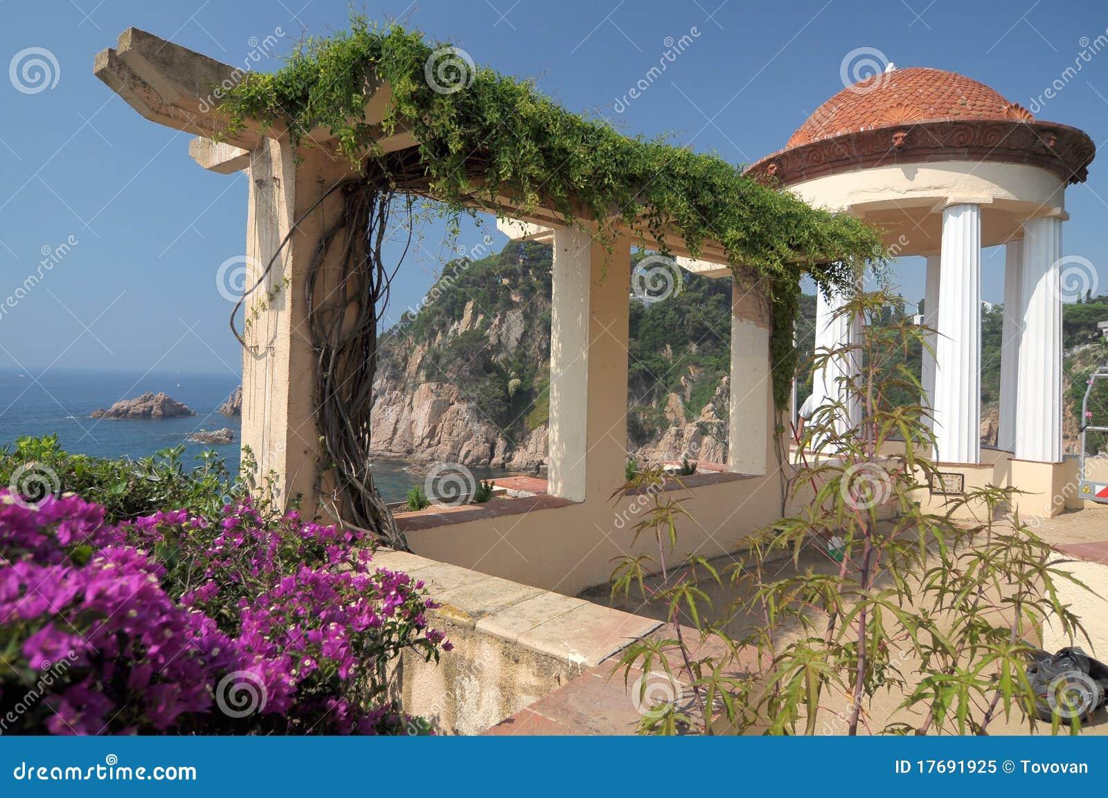 Terra?o No Jardim Bot?nico Foto de Stock Royalty Free ...