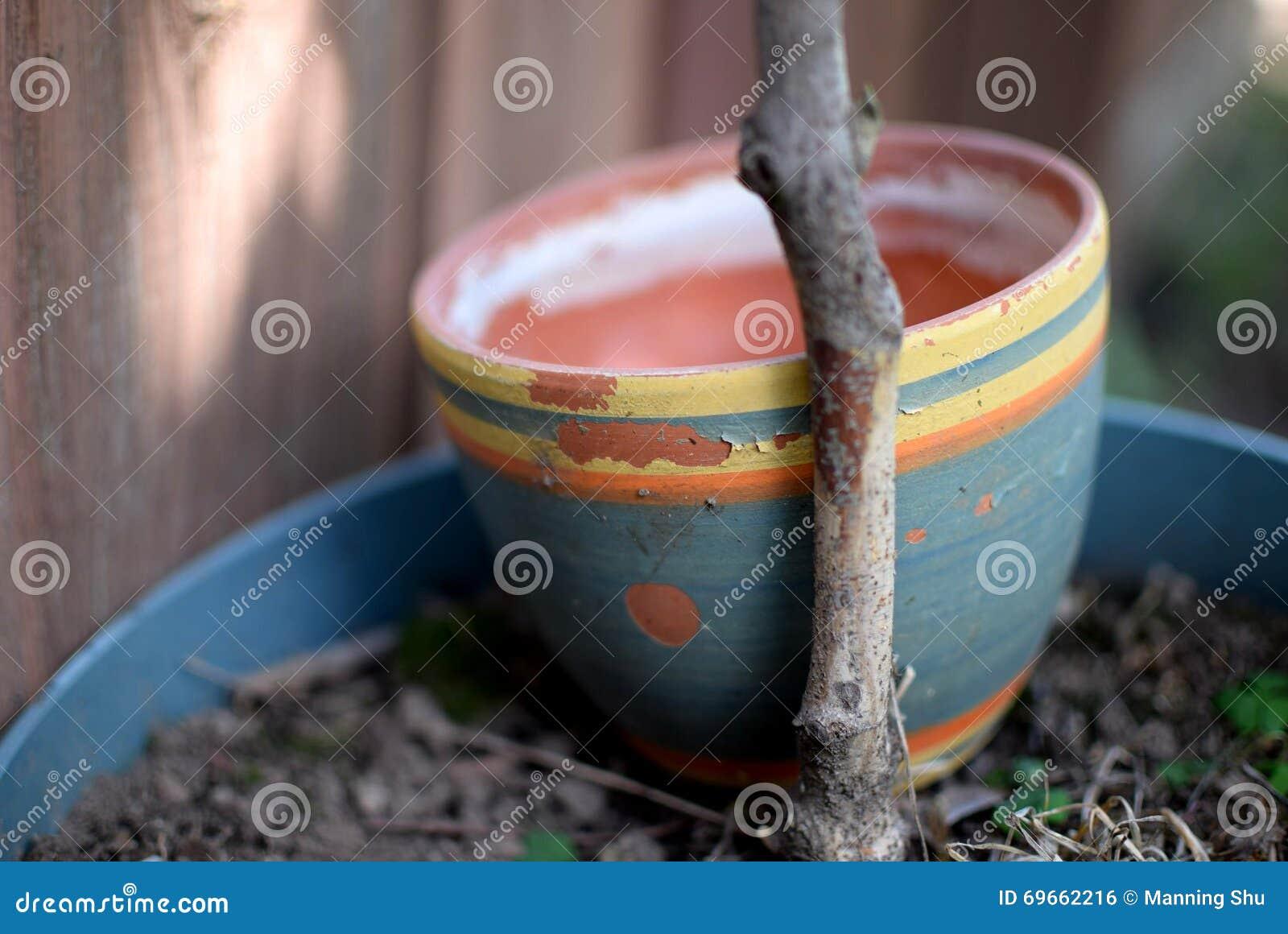 Terra Cotta Flower Pot pintada resistida