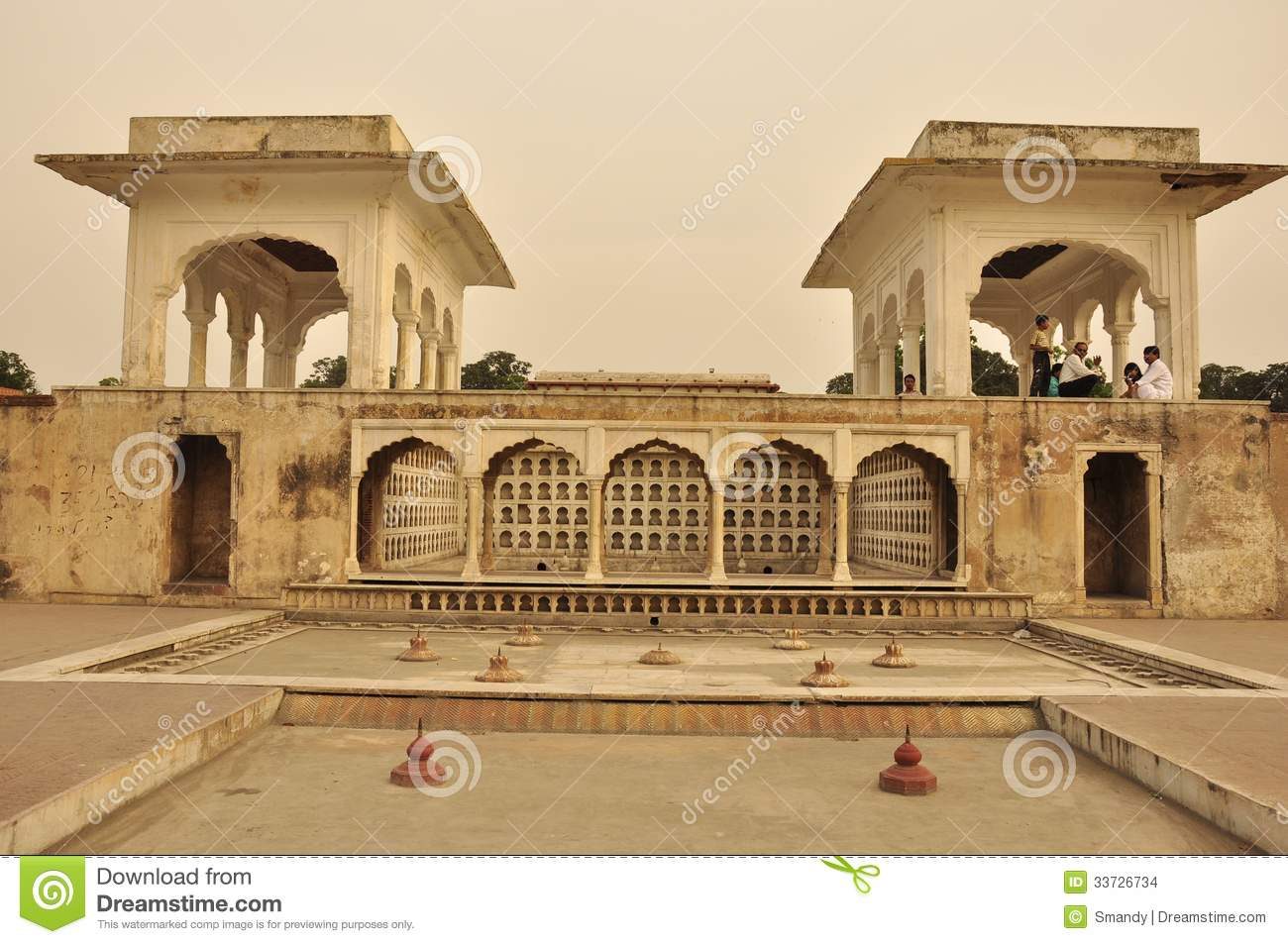 Terrace in shalimar gardens at sunset pakistan editorial for Terrace garden meaning