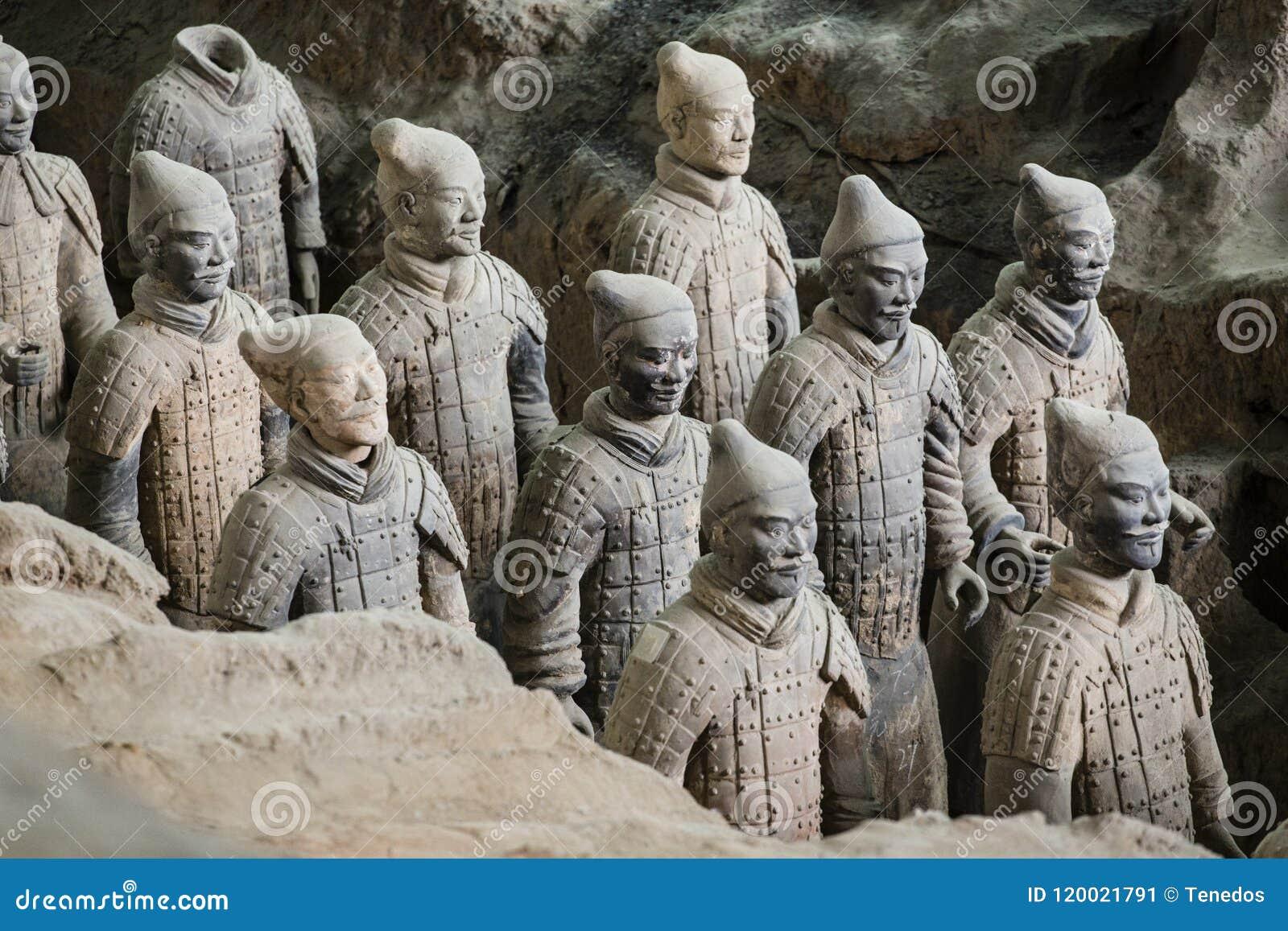 Terracota armé av den första kejsaren av Kina